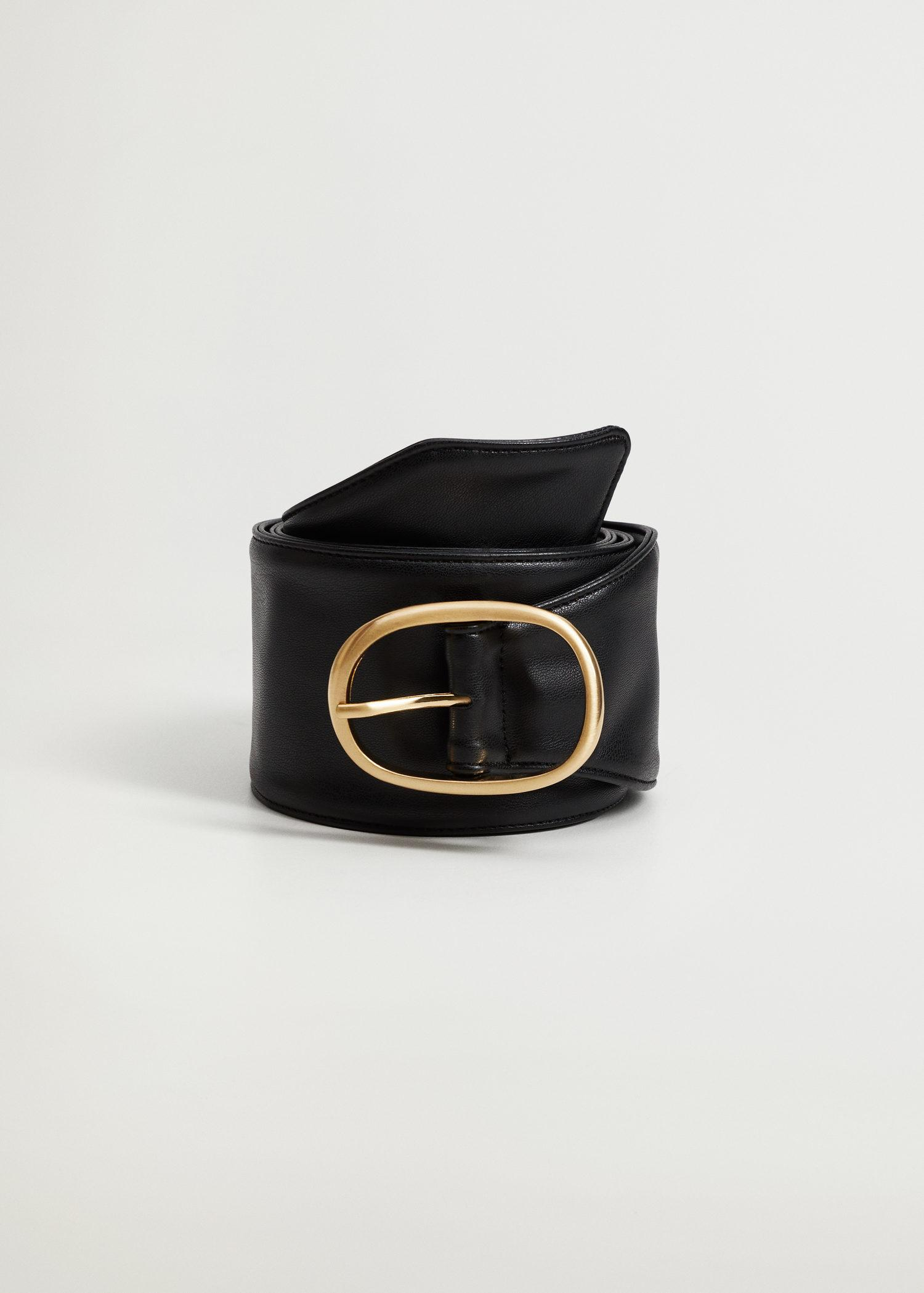Rounded buckle belt