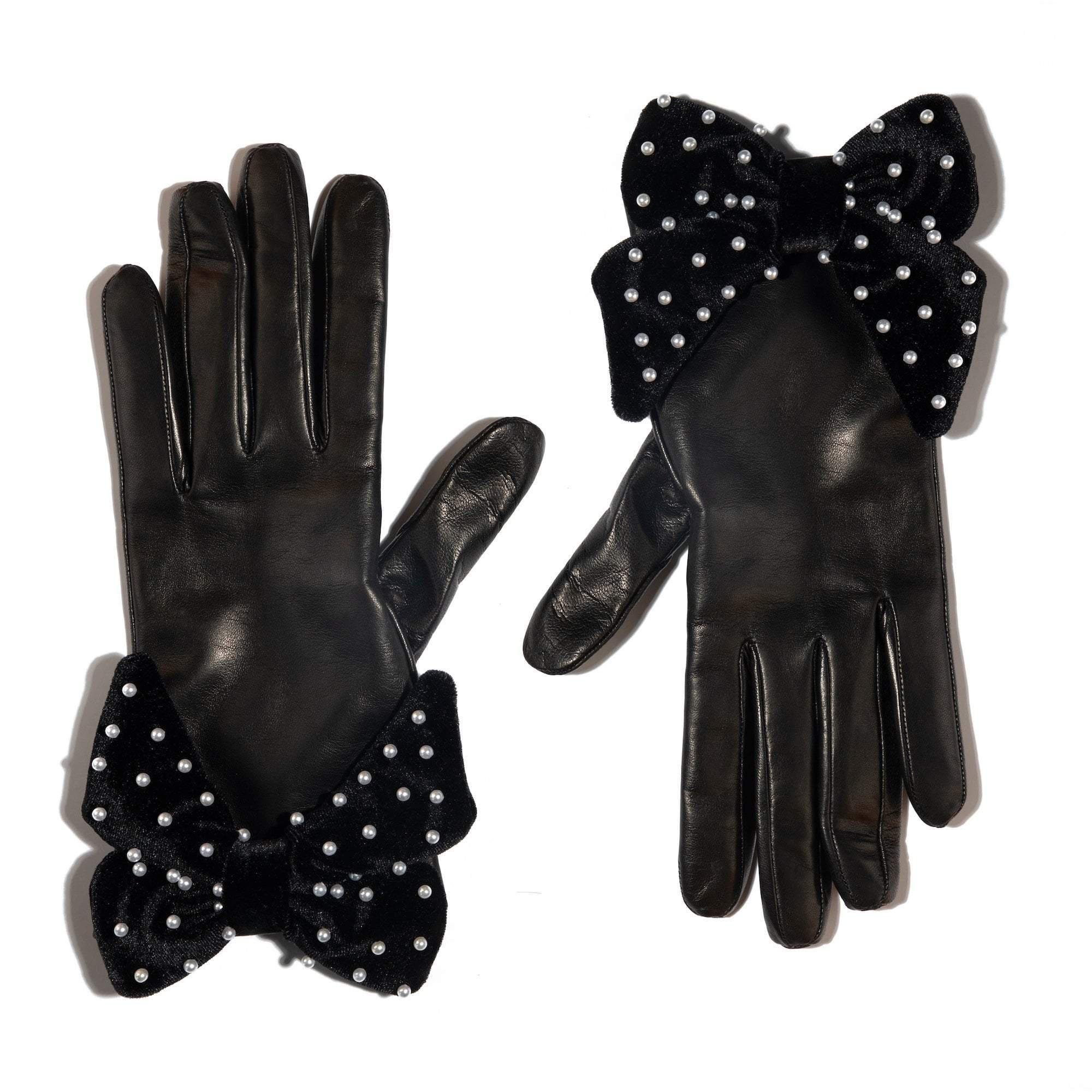 JET BUTTON HOLE GLOVE WITH BOW
