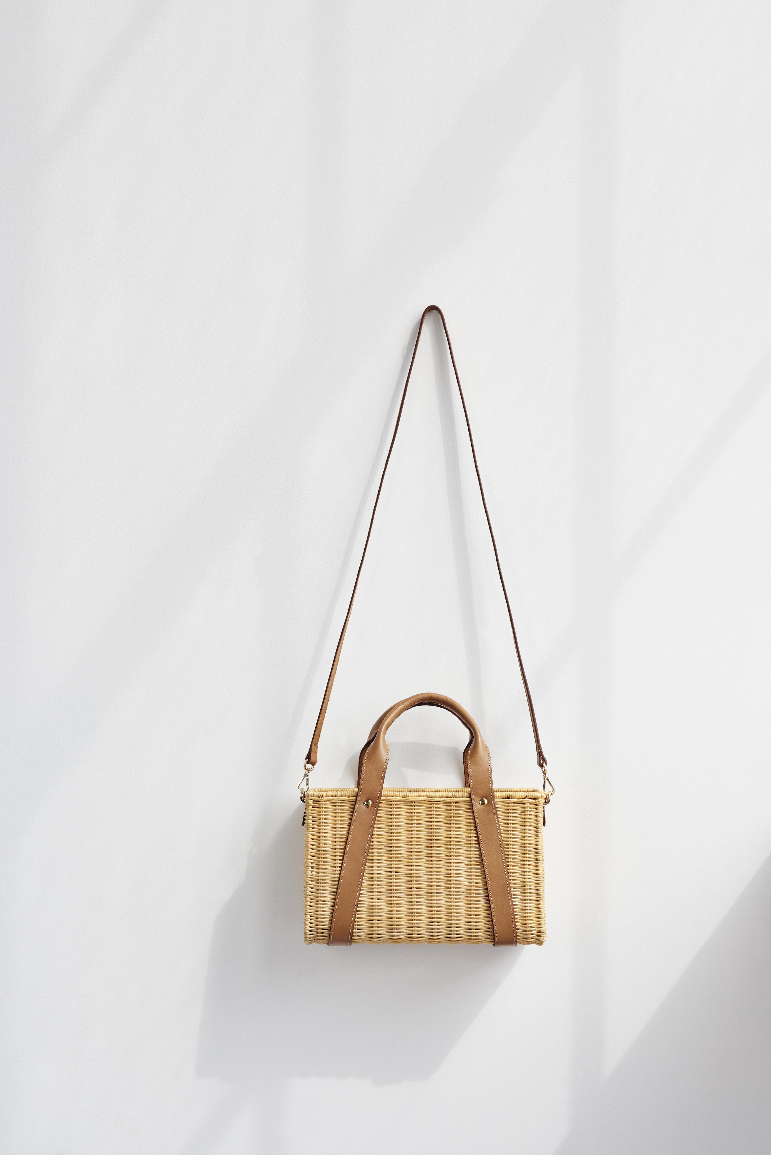 Daisy Leather-Trimmed Wicker Tote 3