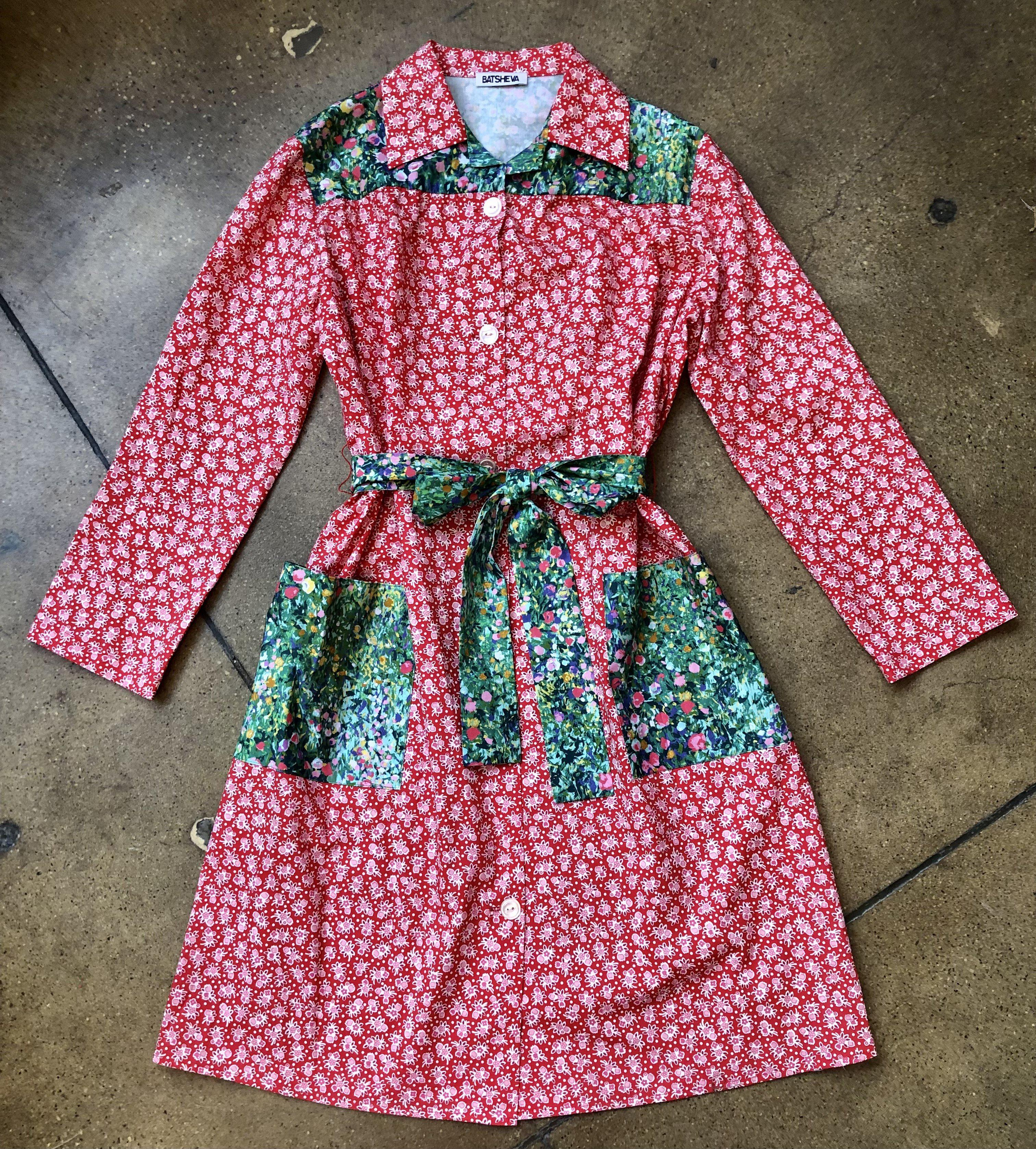 Long Sleeve Housedress in Red Floral and Green Monet