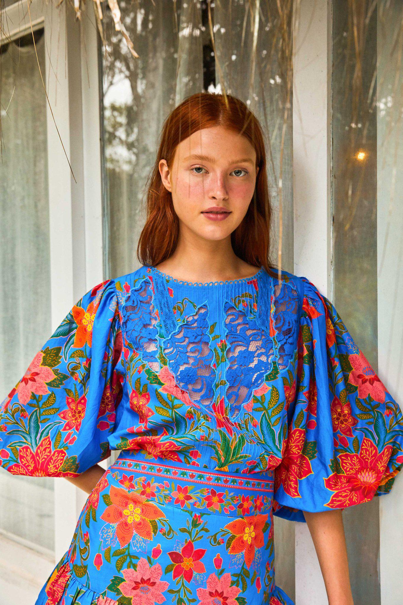 BLUE TROPICAL TAPESTRY BLOUSE