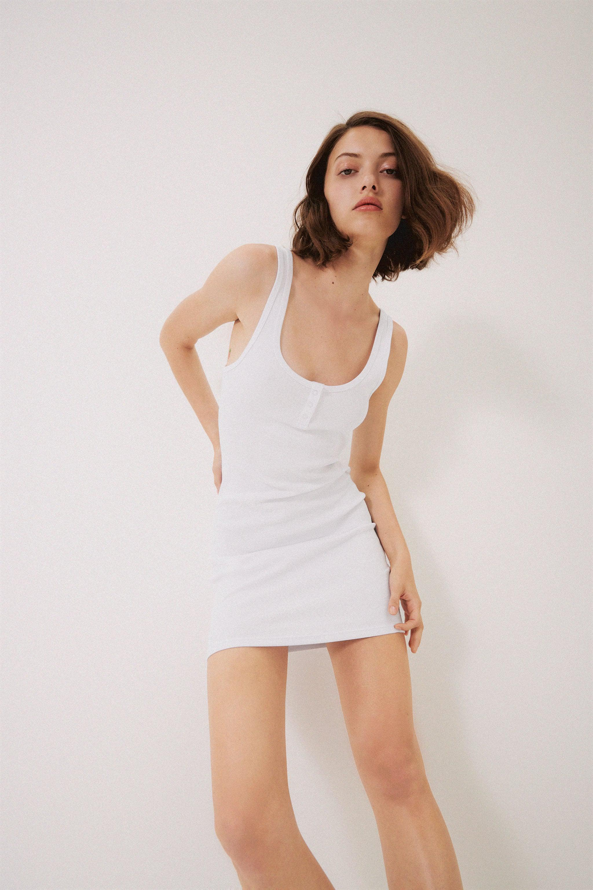 RIBBED DRESS WITH BUTTONS