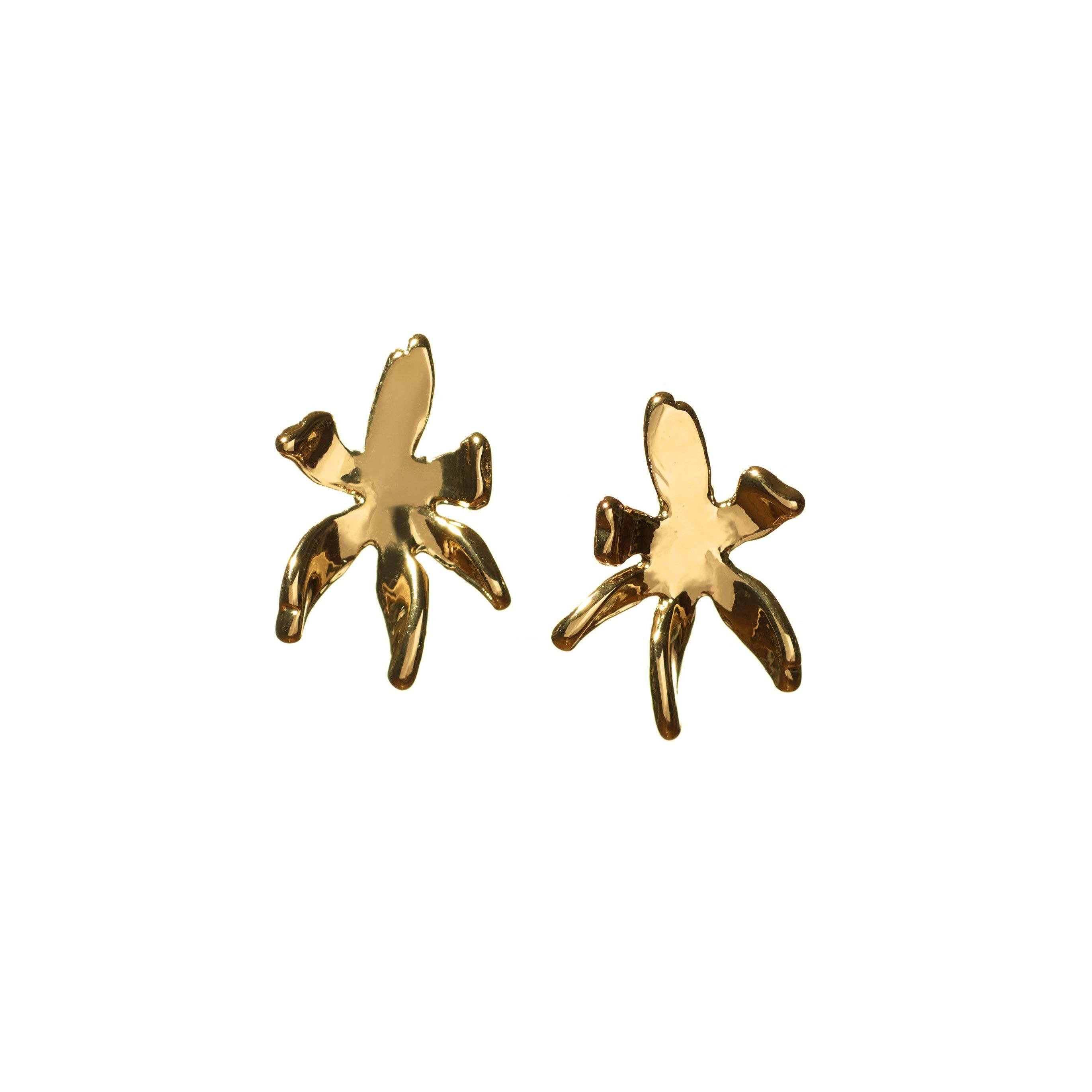 GOLD LILY STUD EARRINGS