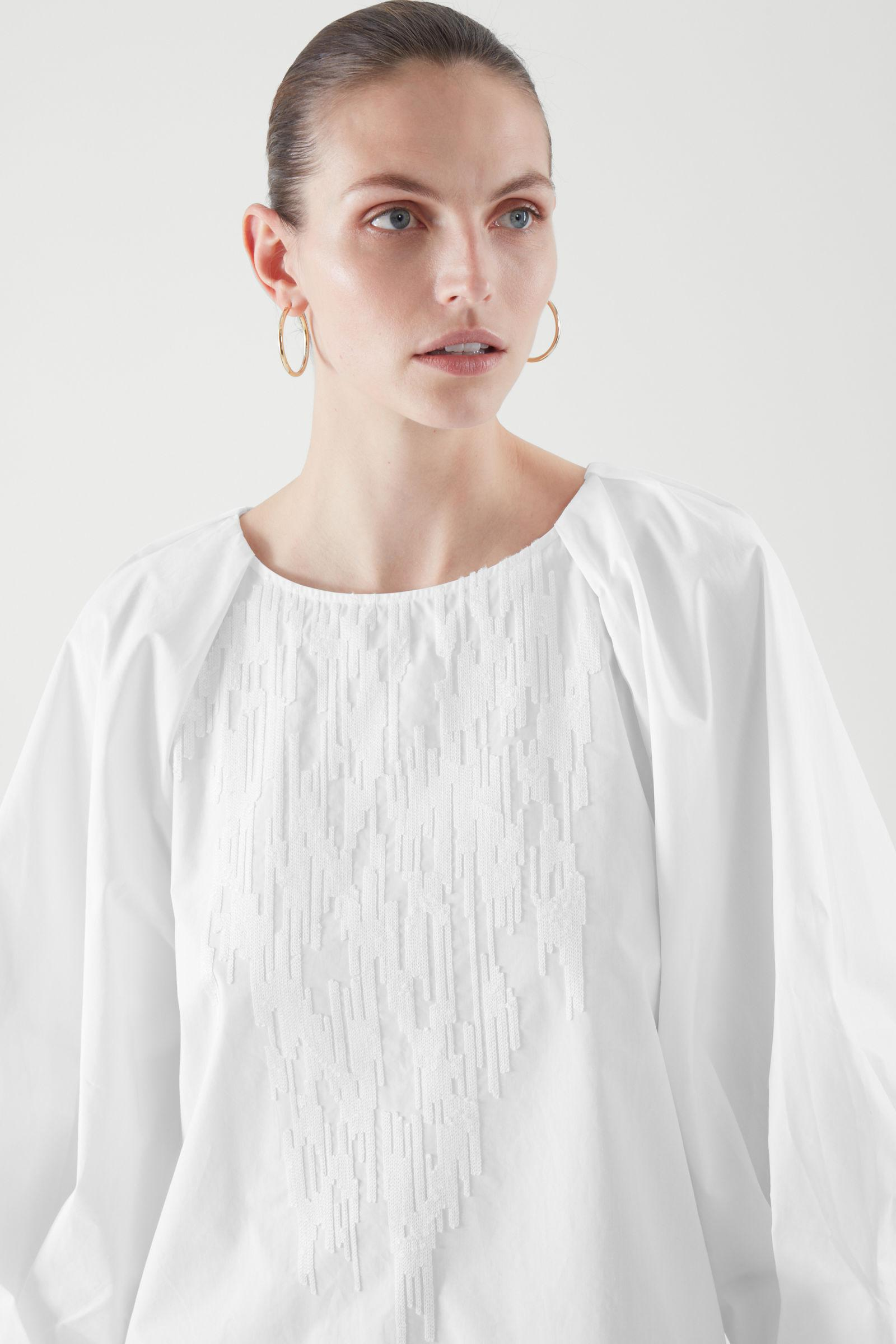 EMBROIDERED BLOUSE 1