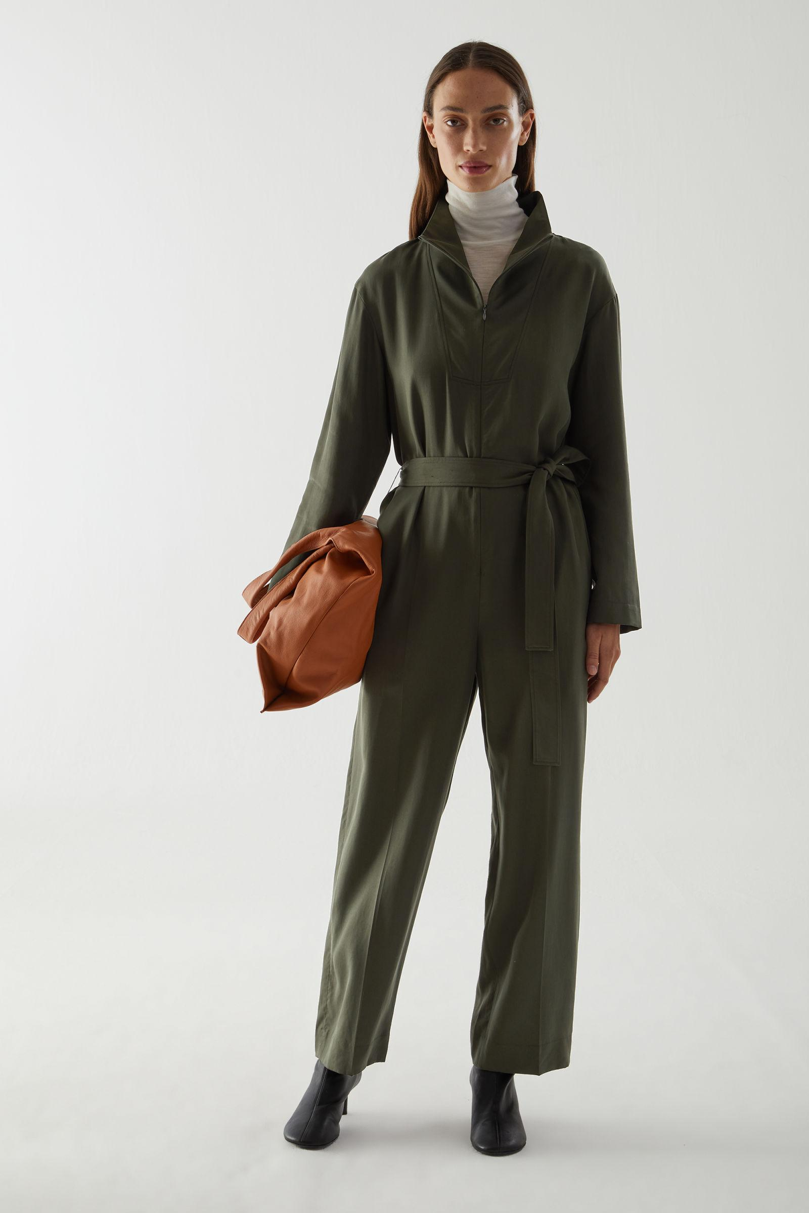 STRAIGHT BELTED JUMPSUIT
