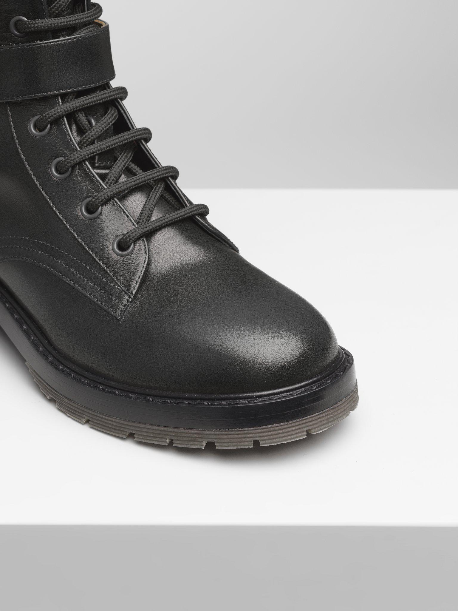 DIANE LACE-UP BOOT 2