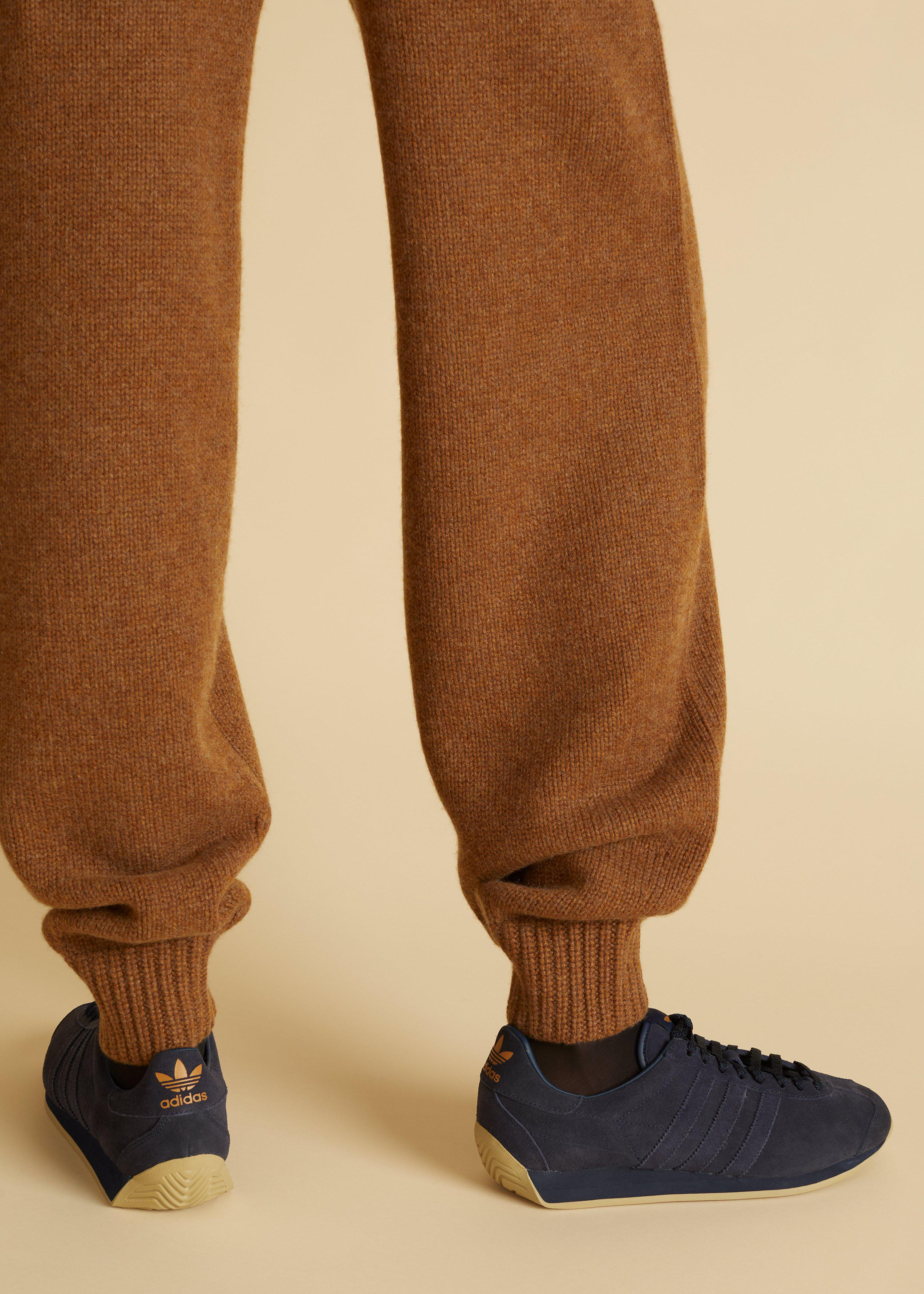 The Joey Pant in Walnut 3