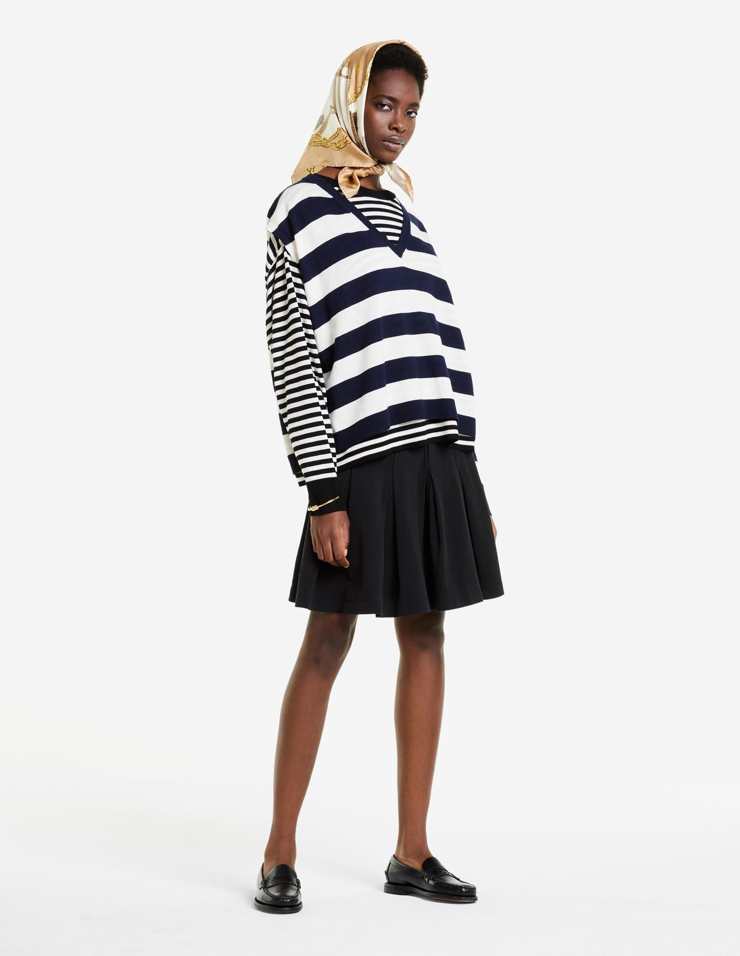 DOUBLE LAYERED OVERSIZED JUMPER
