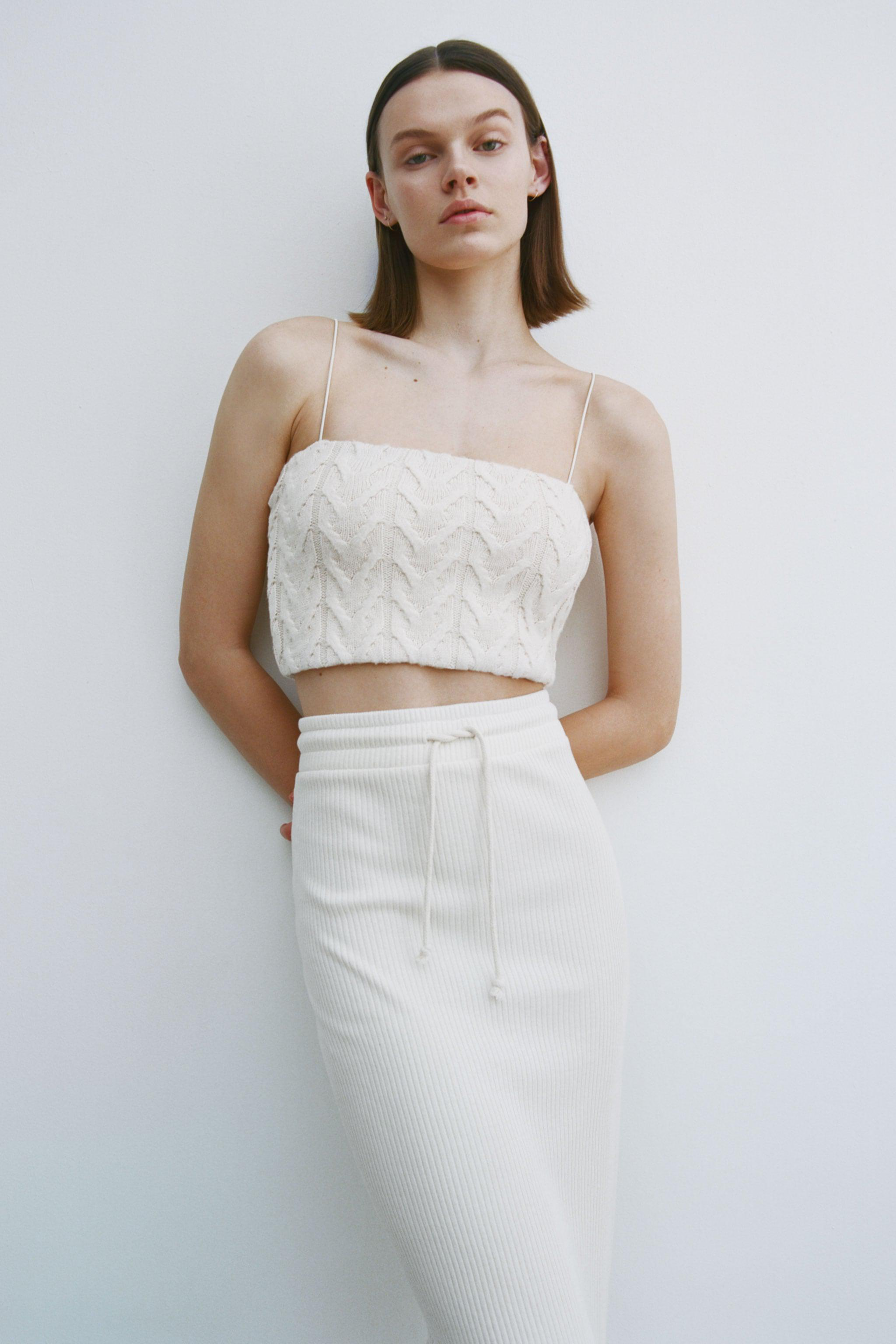 CABLE-KNIT CROP TOP 1