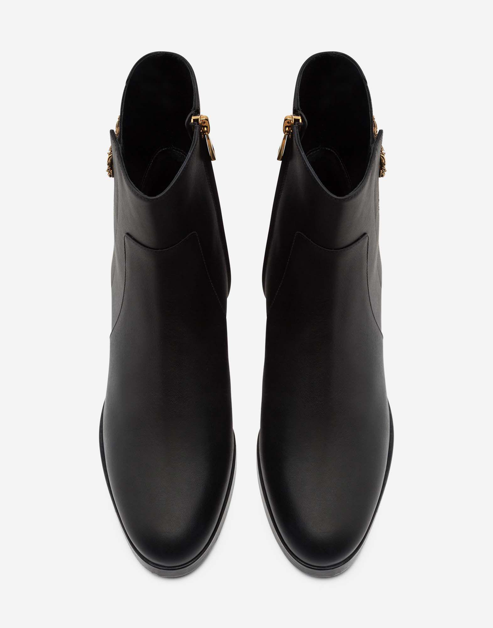 Calfskin nappa chelsea boots with DG logo 3