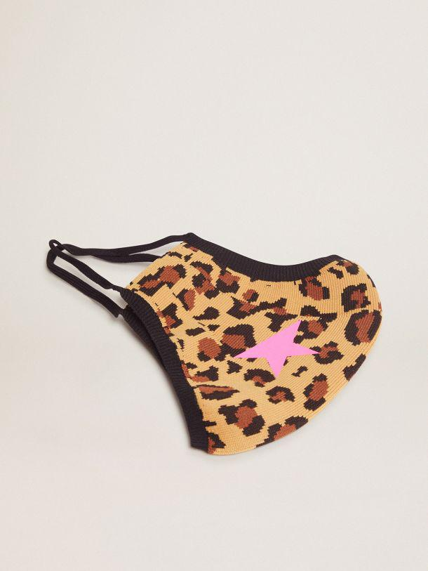 Leopard print Golden face mask with fuchsia star