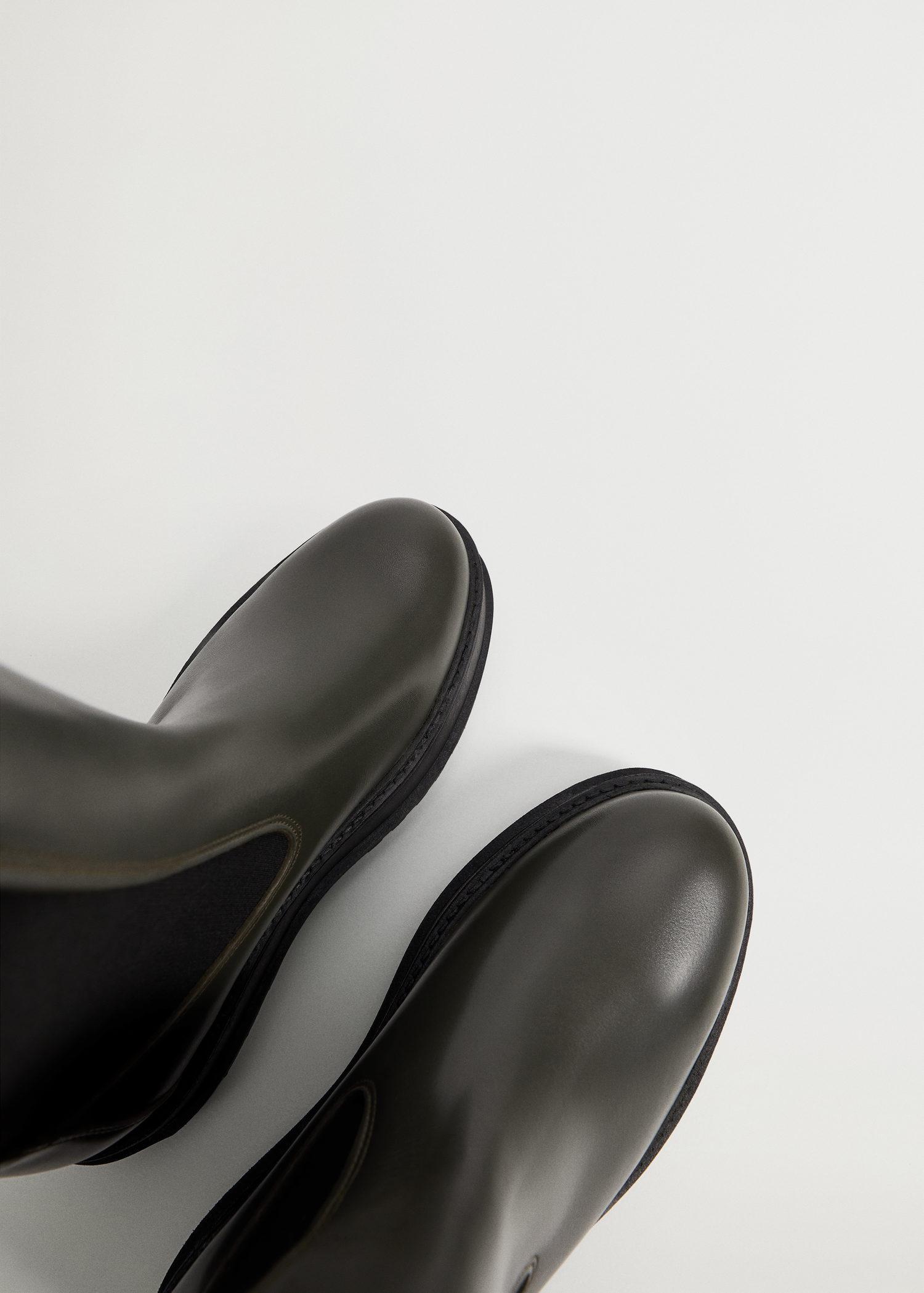 Platform leather ankle boots 1
