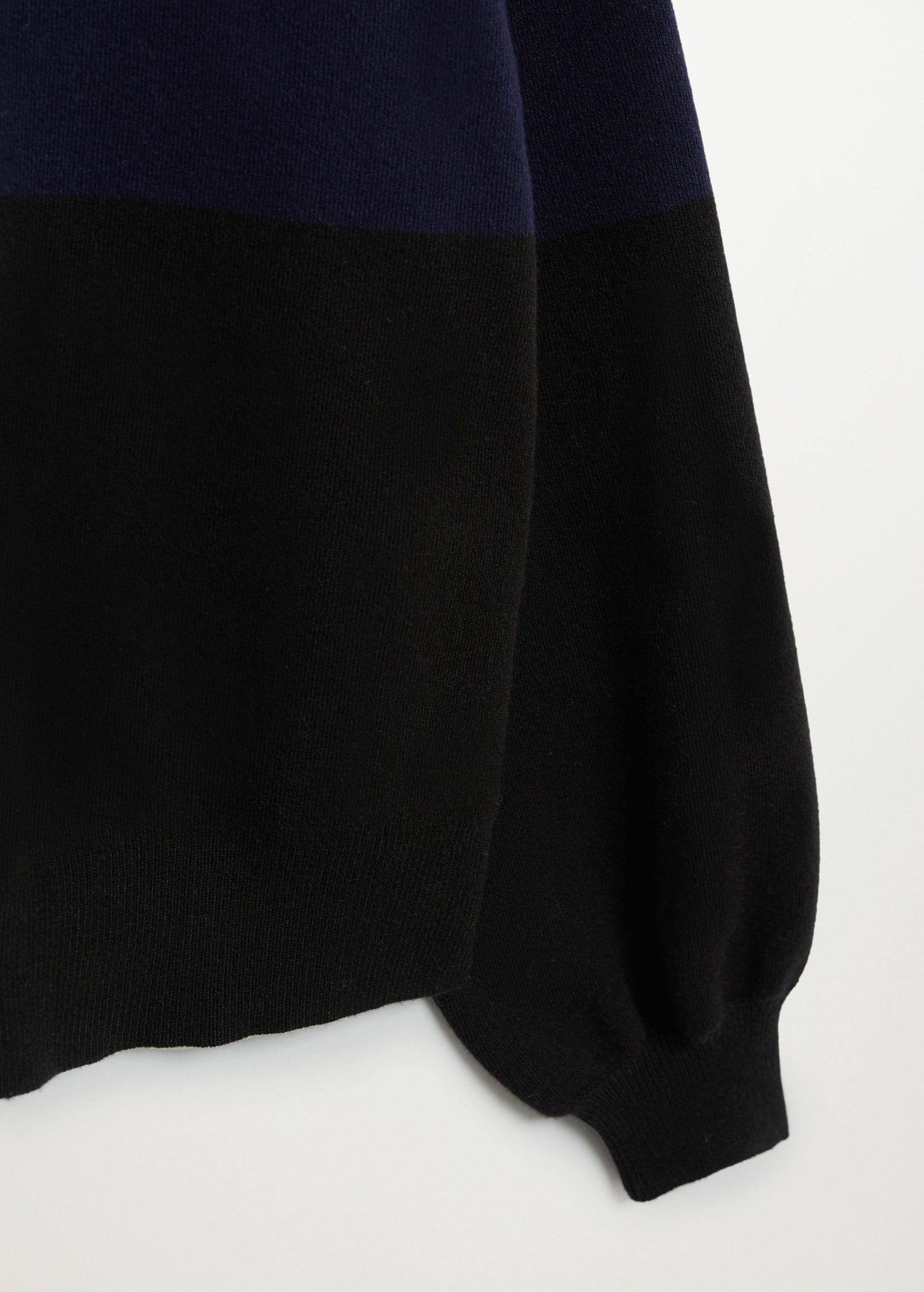 Sweater with puffed sleeves 6