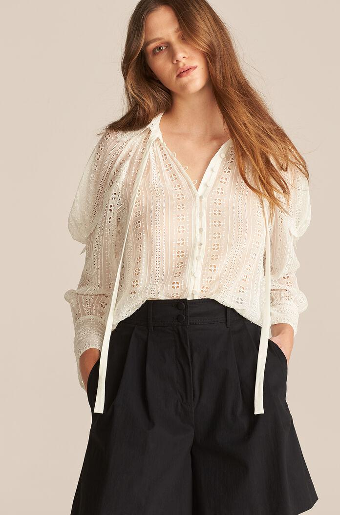 LONG SLEEVE GEO EMBROIDERED BLOUSE