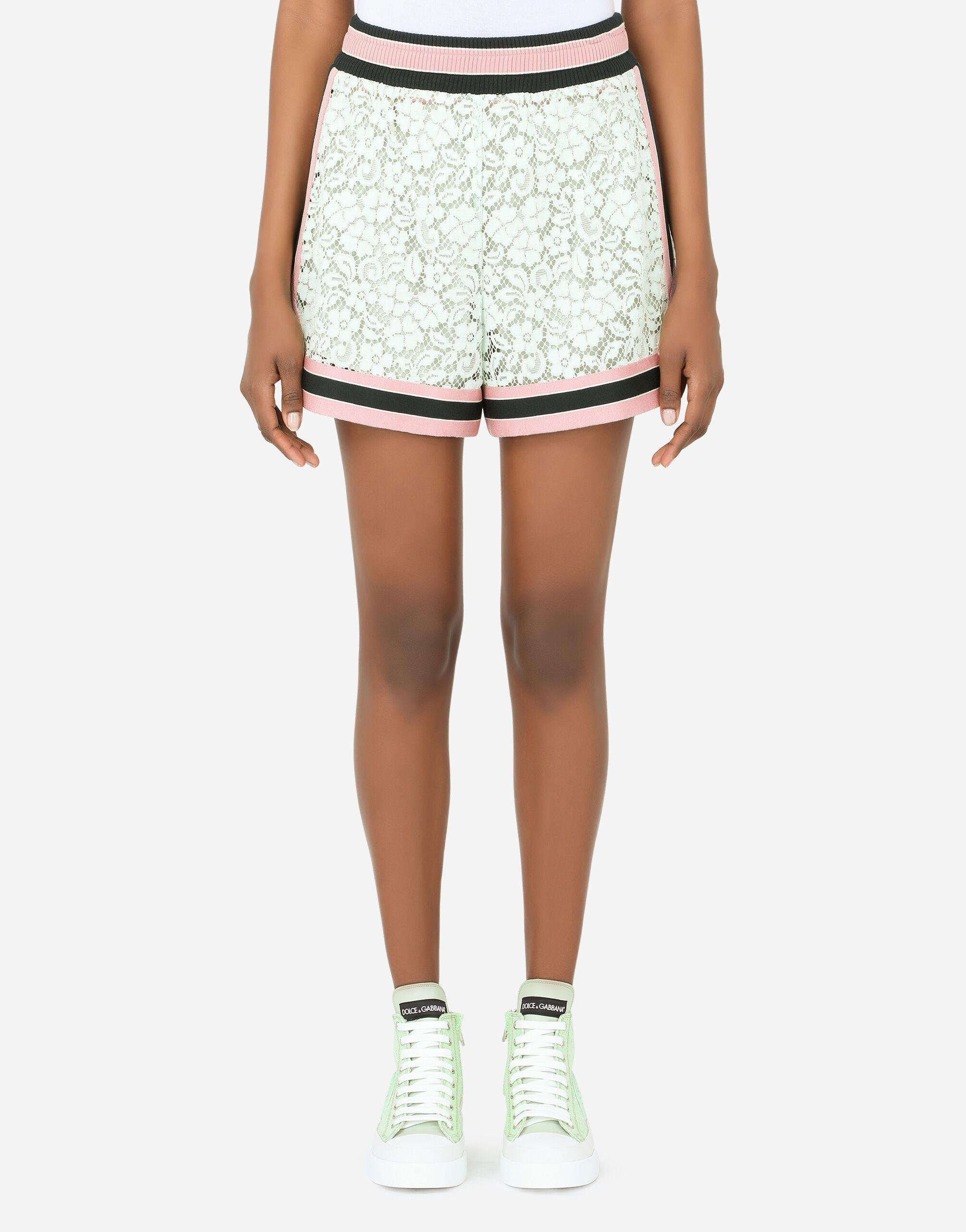 Lace shorts with contrasting trims