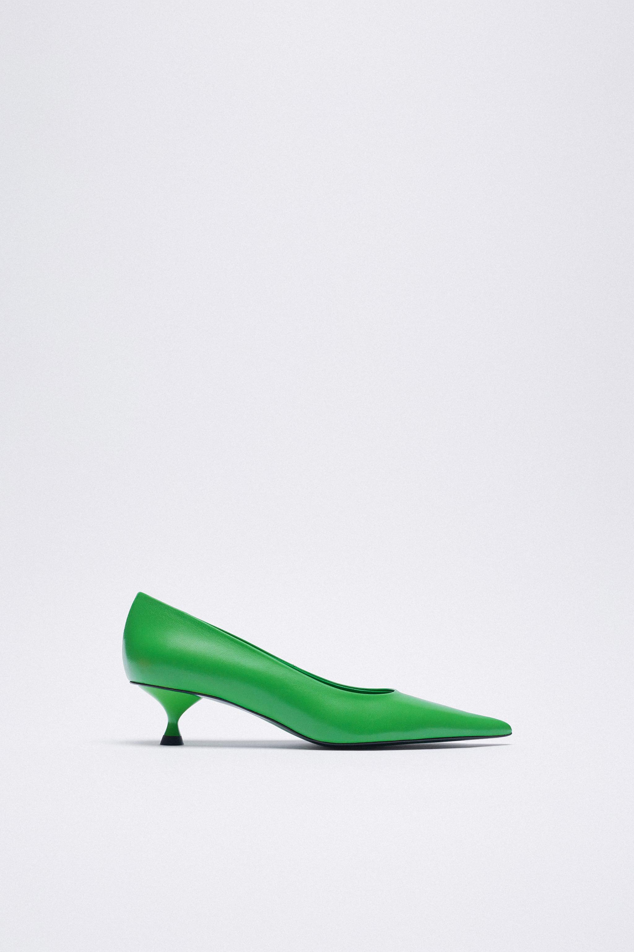 LEATHER HEELS WITH POINTED TOE 6