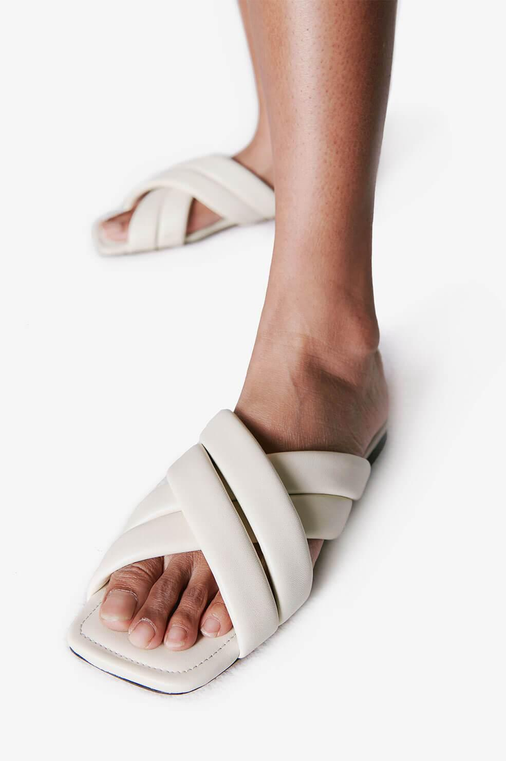 Eve Sandals - Ivory 4
