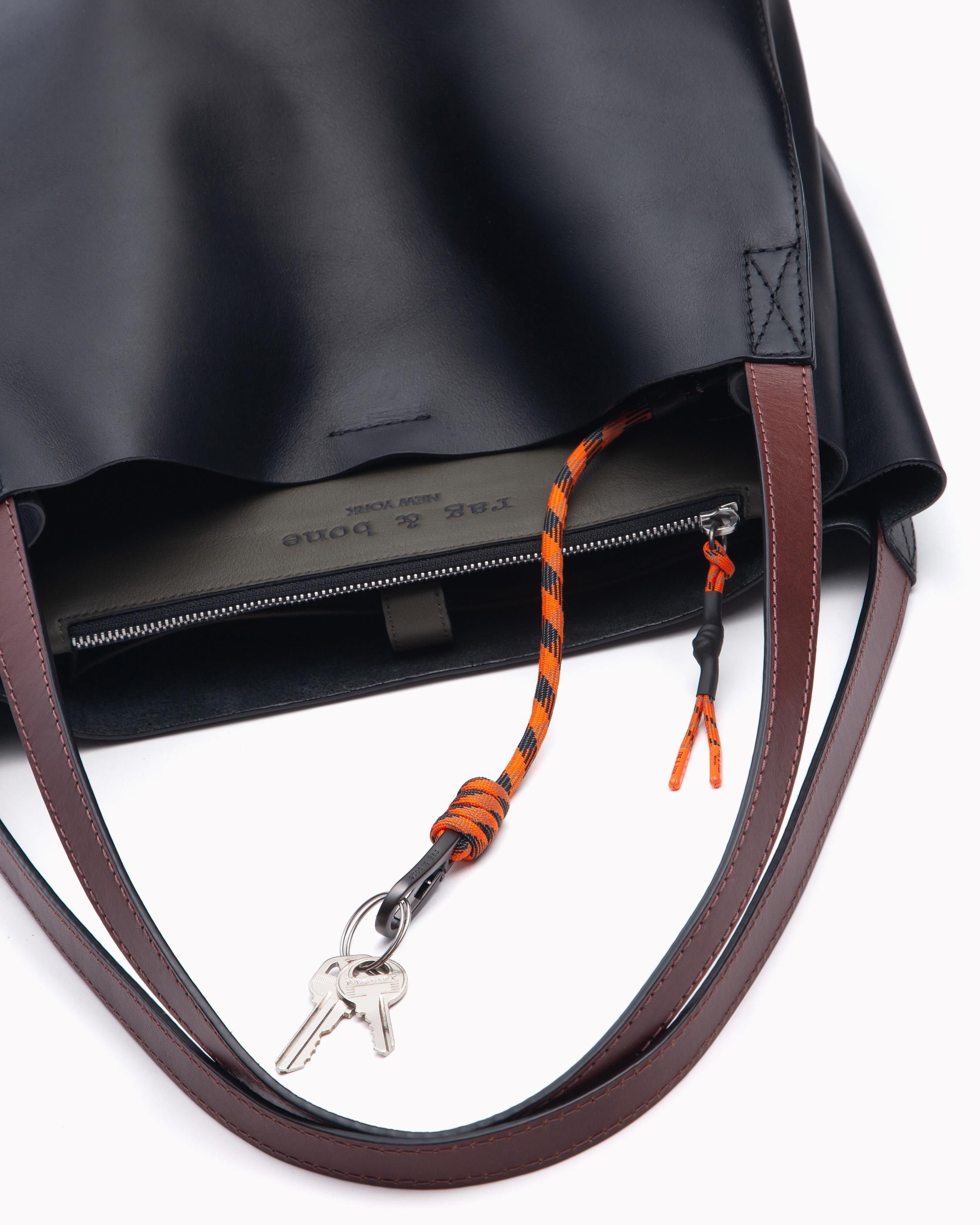Passenger tote - leather 3