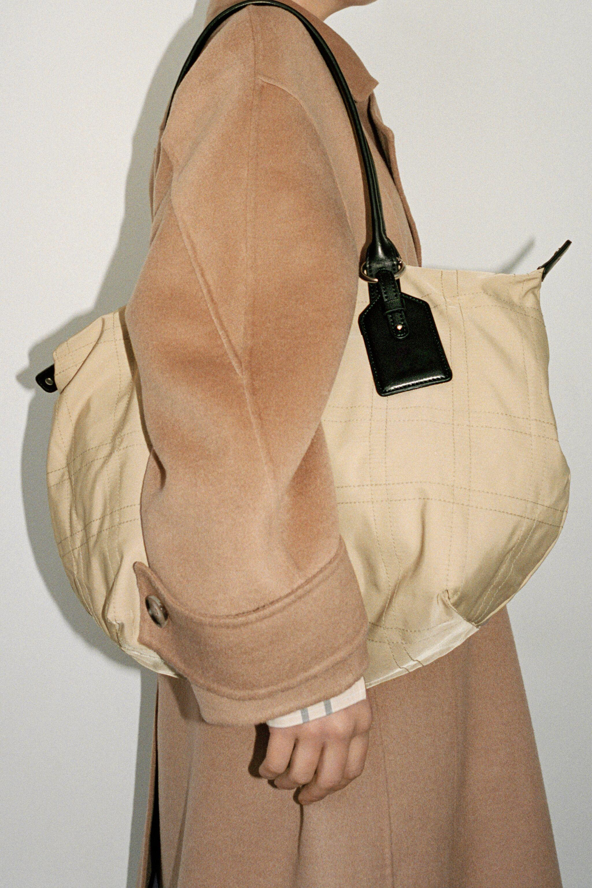 NYLON TOTE BAG WITH TOPSTITCHING 2