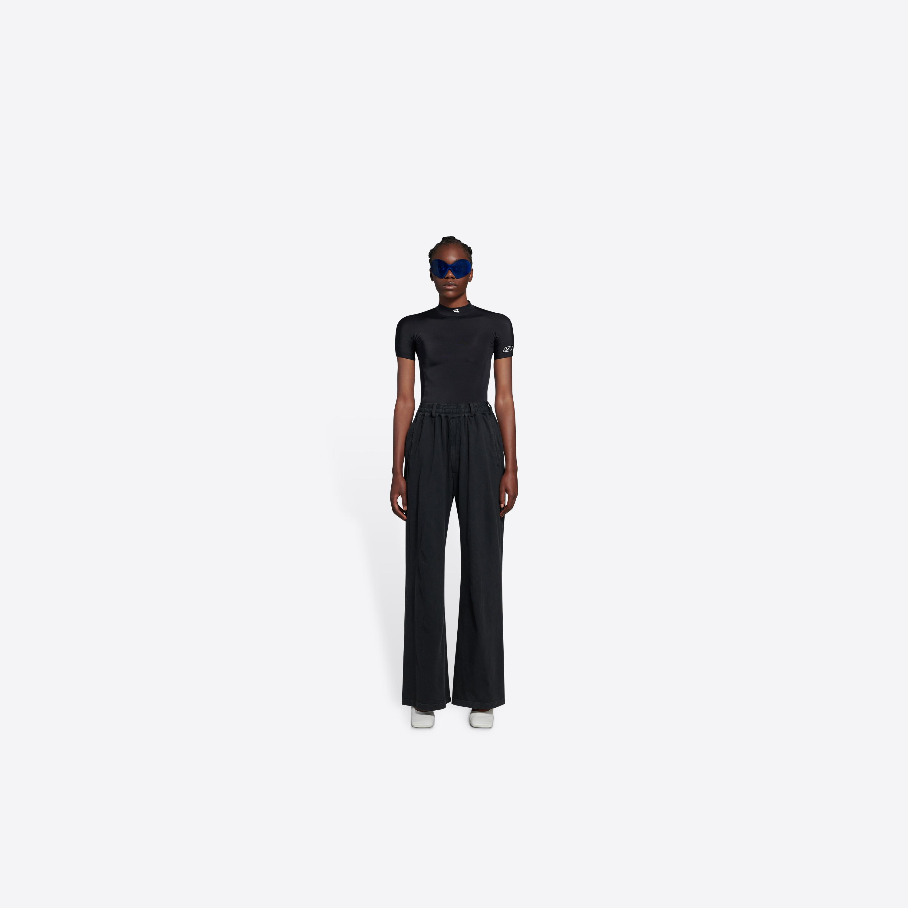 Oversize Worn-Out Pants 2