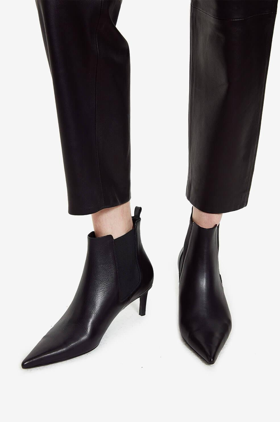 Stevie Boots - Black Leather 4