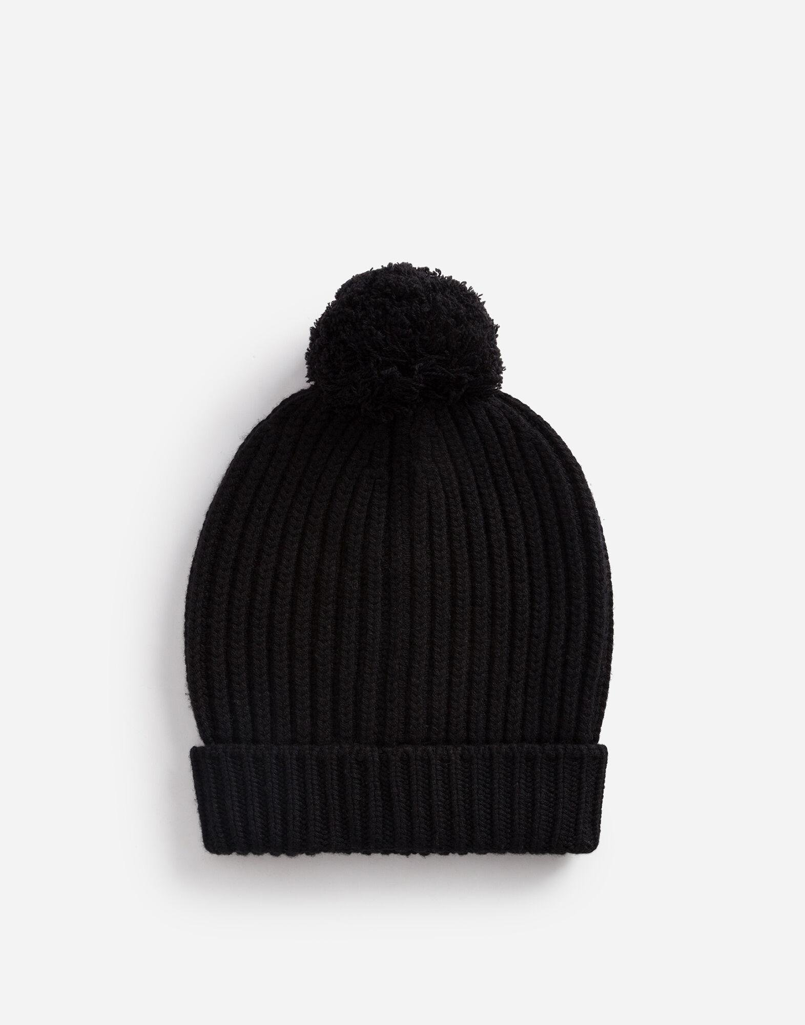 Hat in cashmere and wool with embroidered logo 2