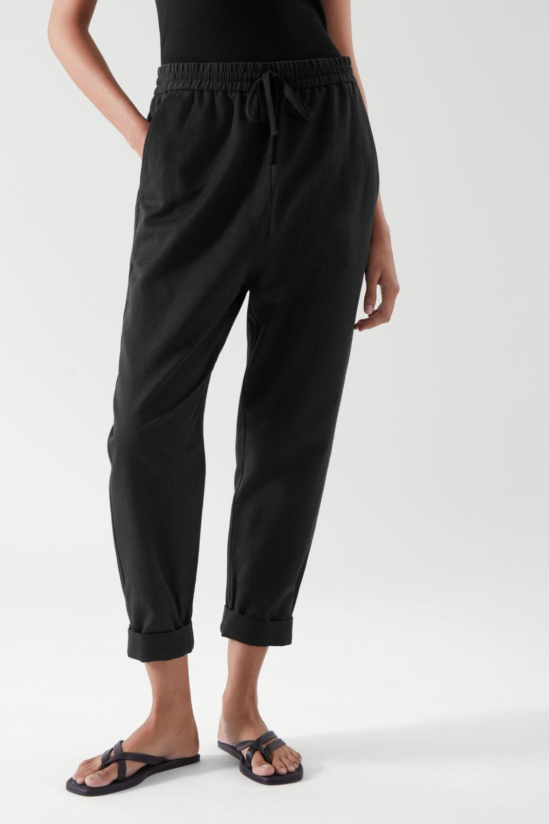 RELAXED JOGGERS 1