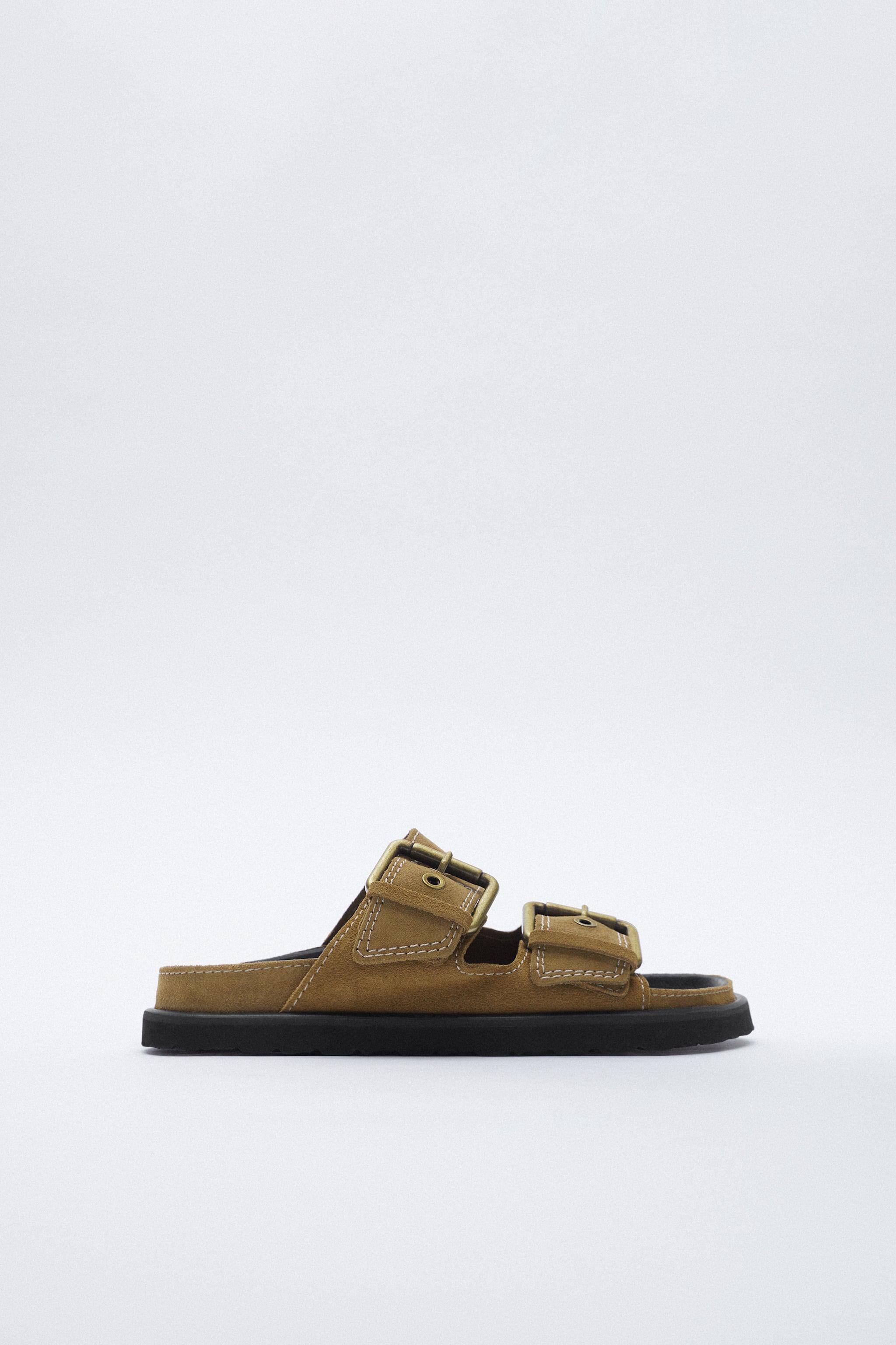 BUCKLED FLAT LEATHER SANDALS