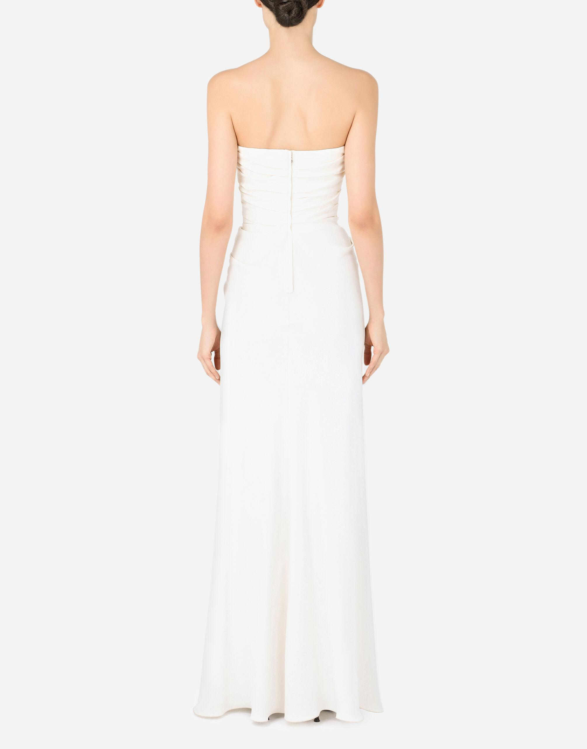 Long sable dress with side slit 1