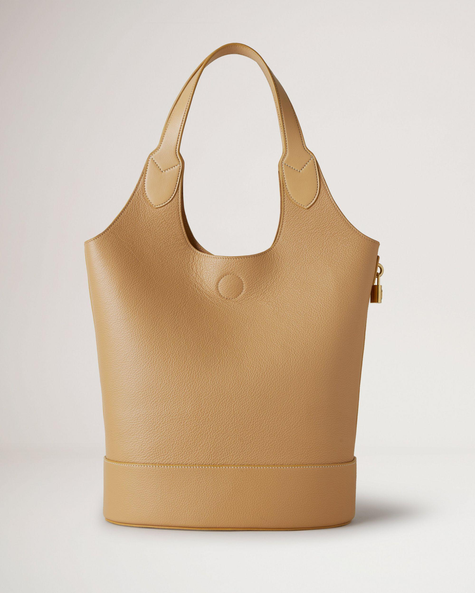 Lily Tote 1