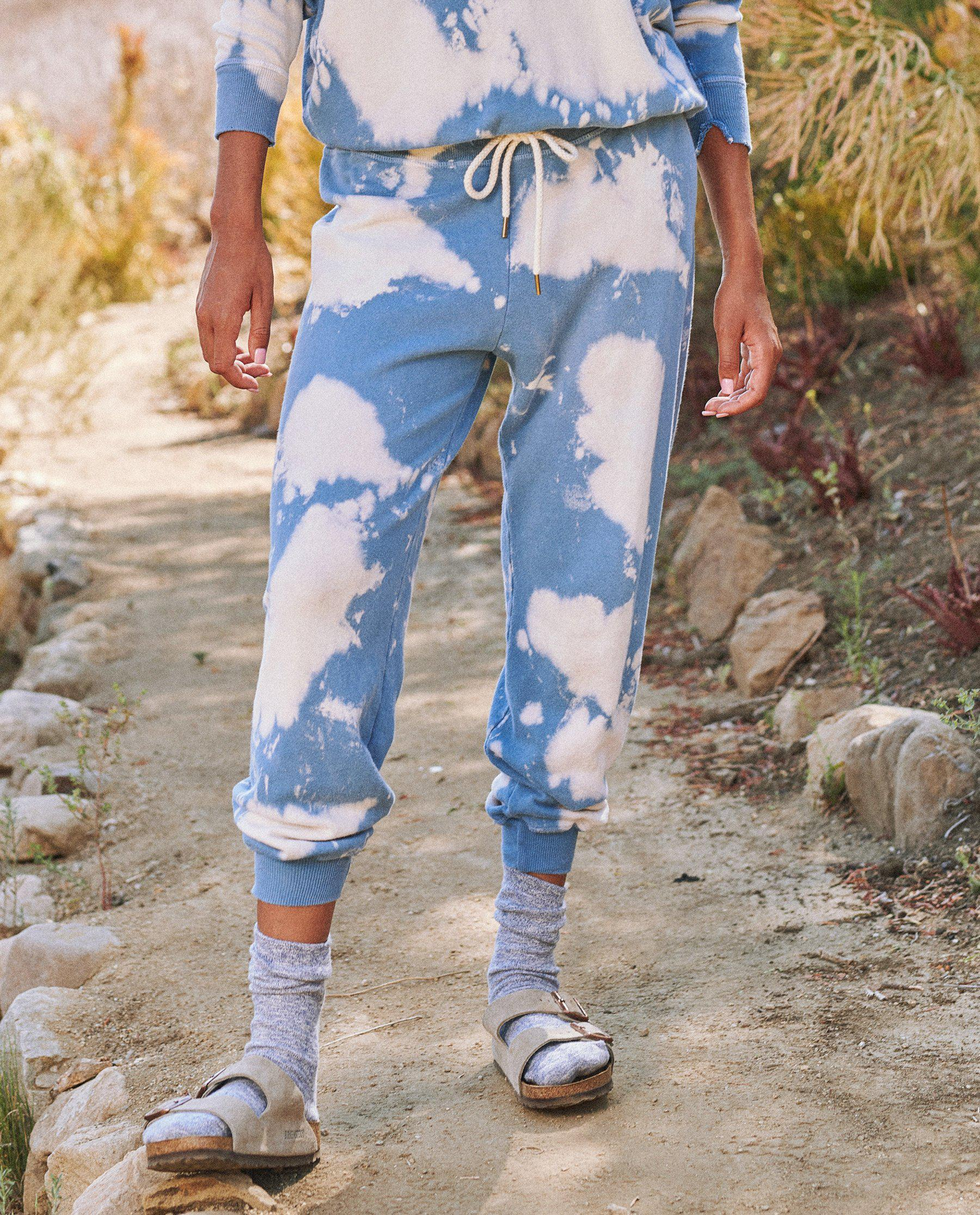 The Cropped Sweatpant. Novelty -- Cloud Wash