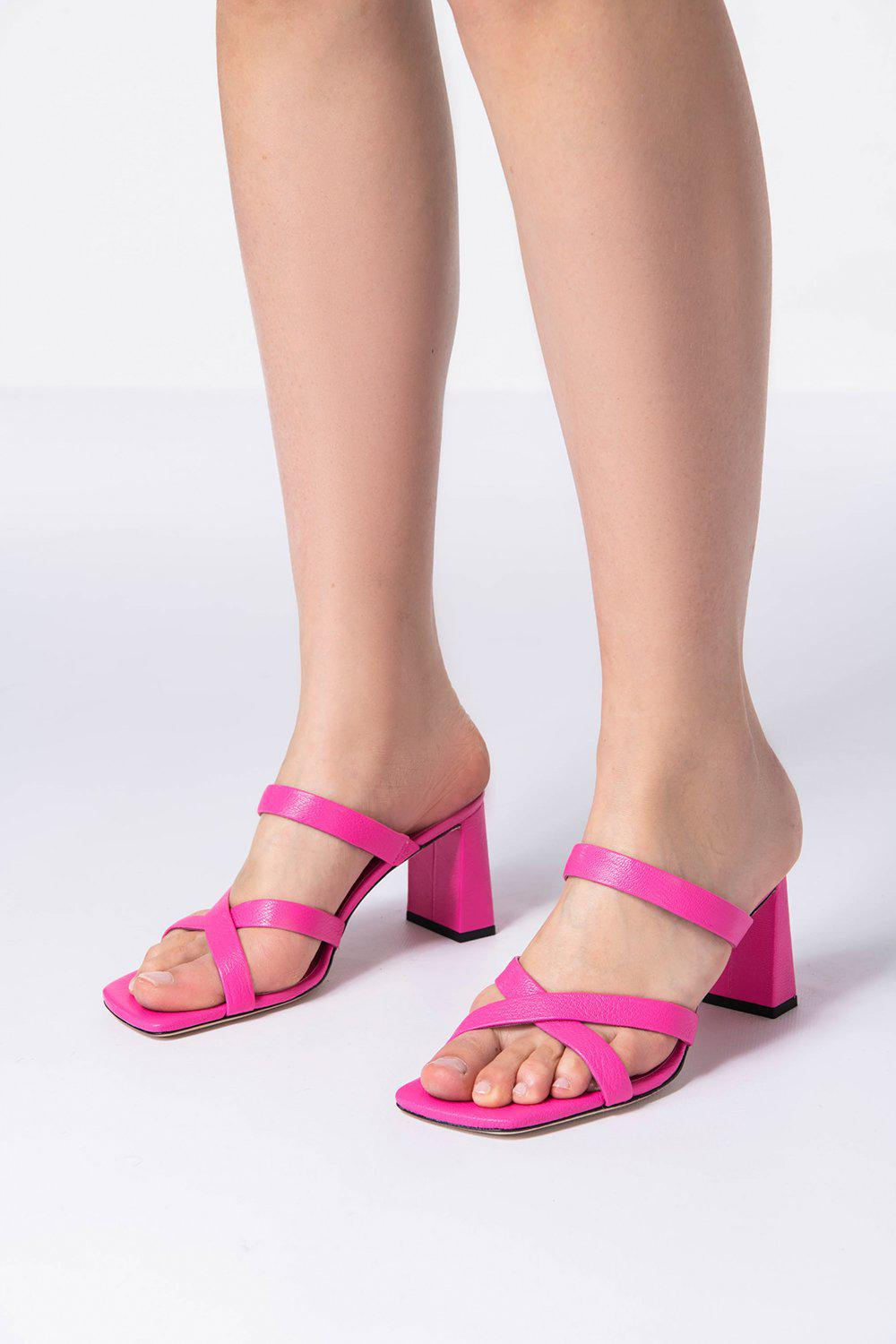 Lenny Hot Pink Grained Leather 4