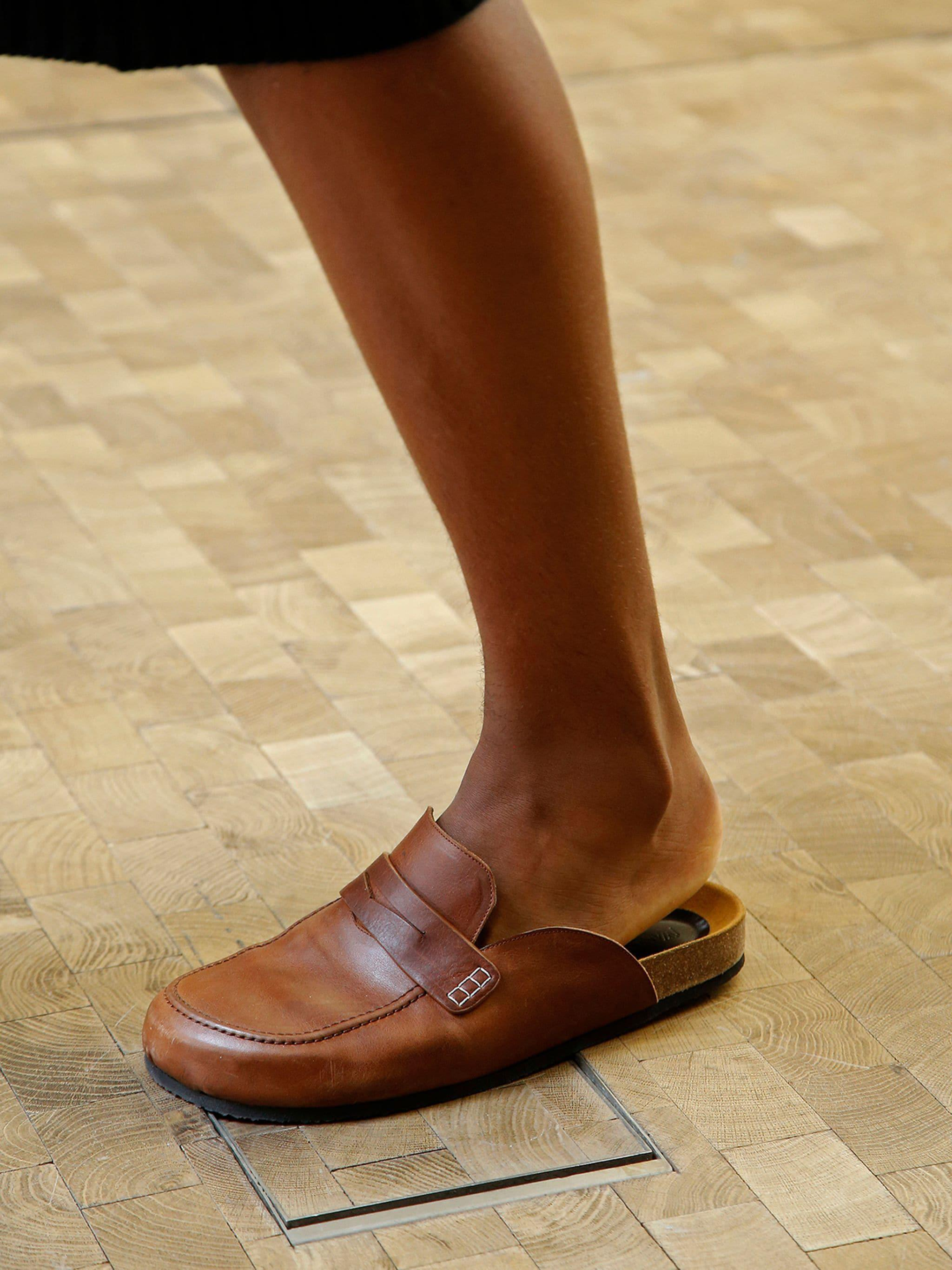 LEATHER LOAFER MULES 4