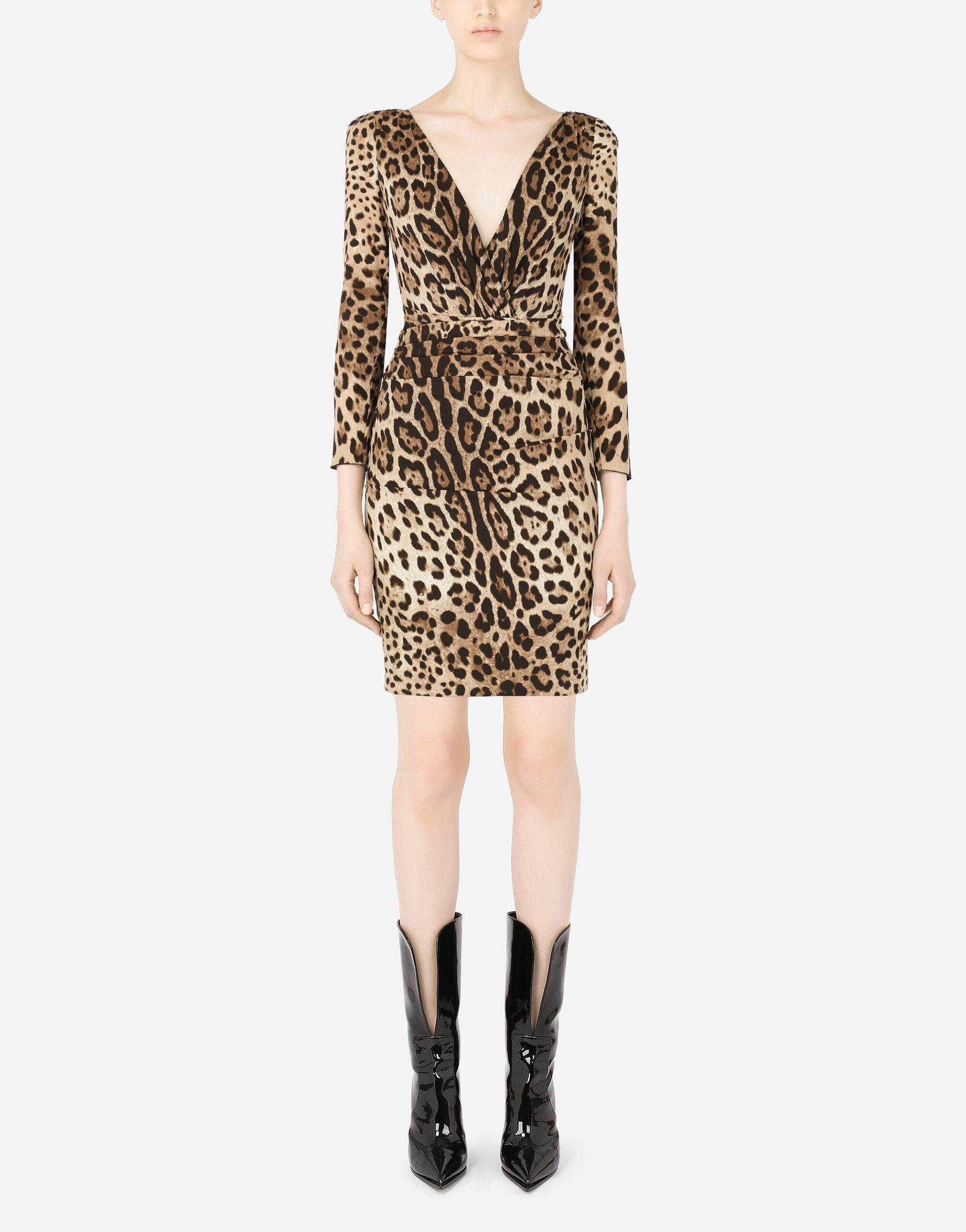 Short charmeuse dress with leopard print and tie