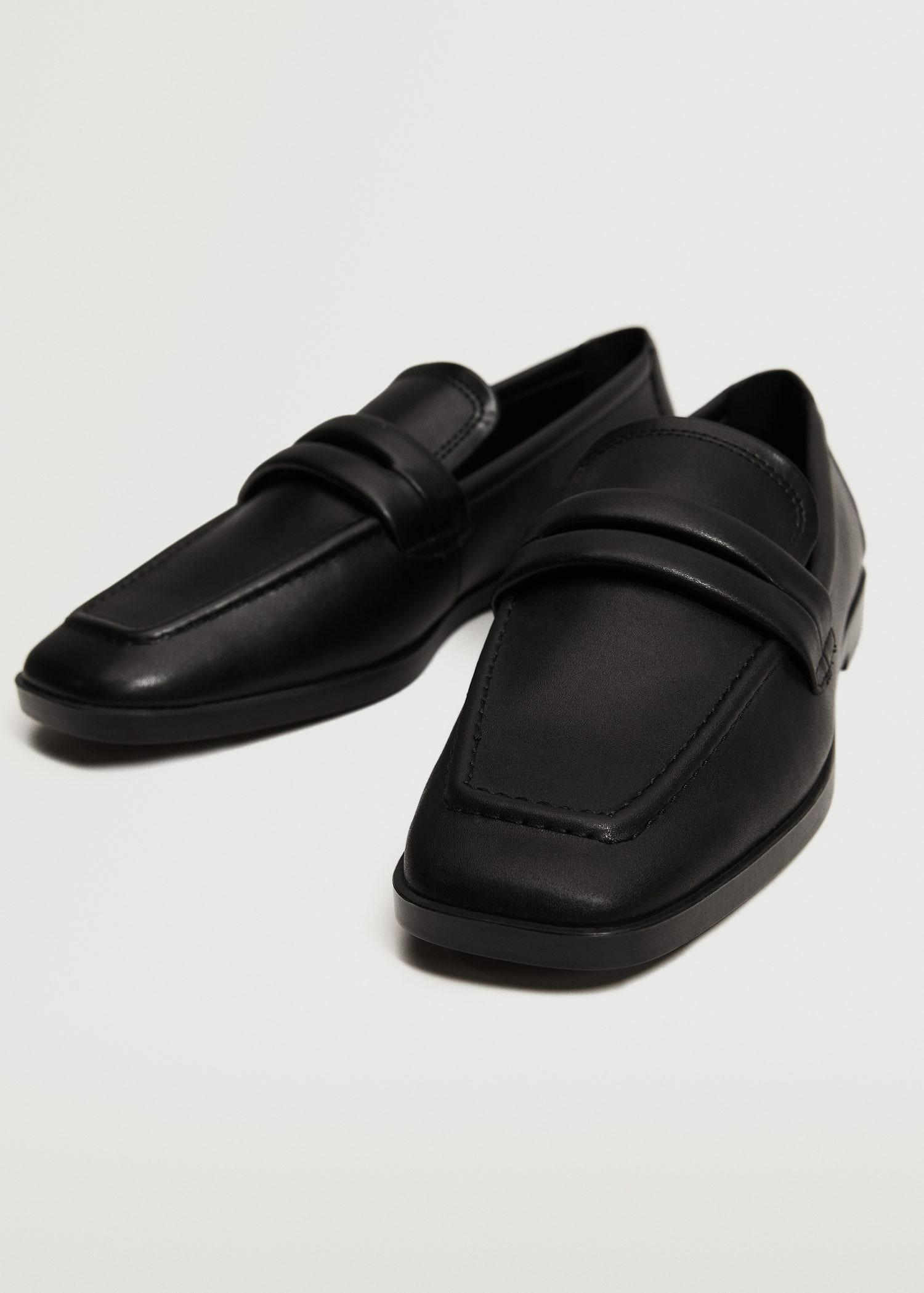 Pointed loafers 3