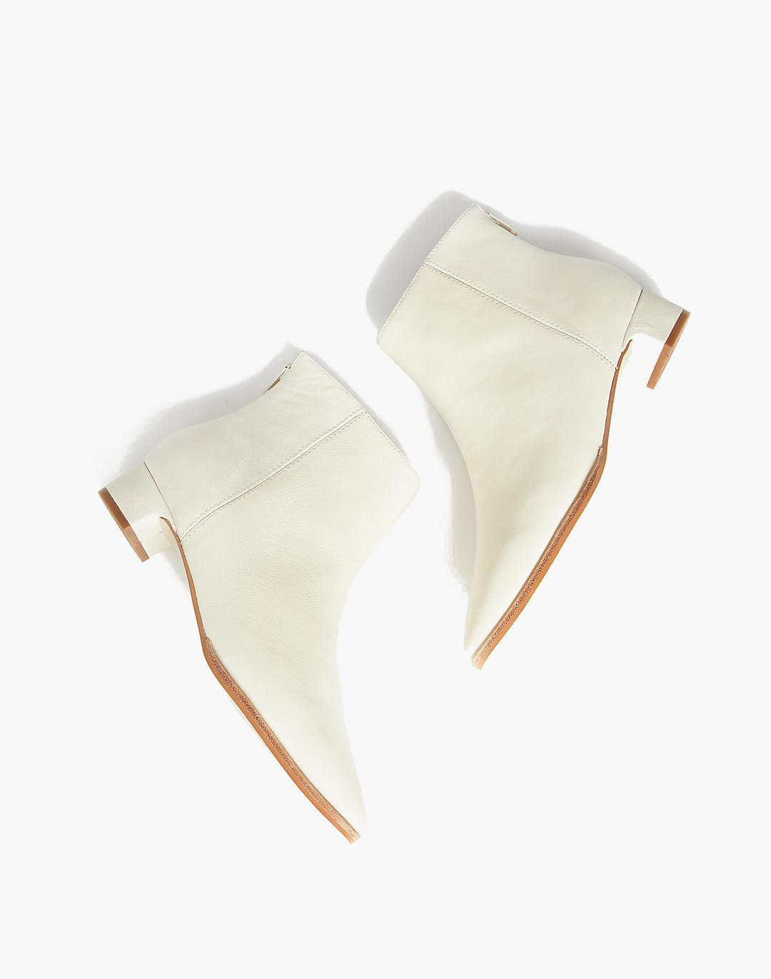 INTENTIONALLY BLANK Gary Boots