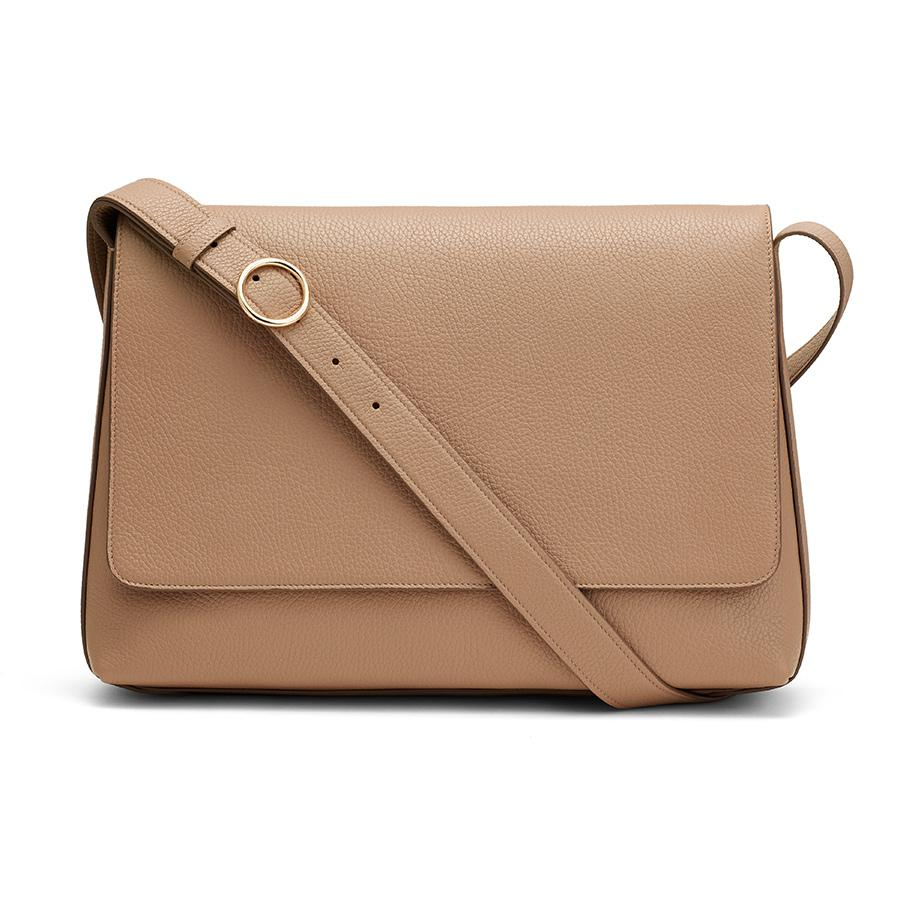 inch in Cappuccino | Pebbled Leather by Cuyana
