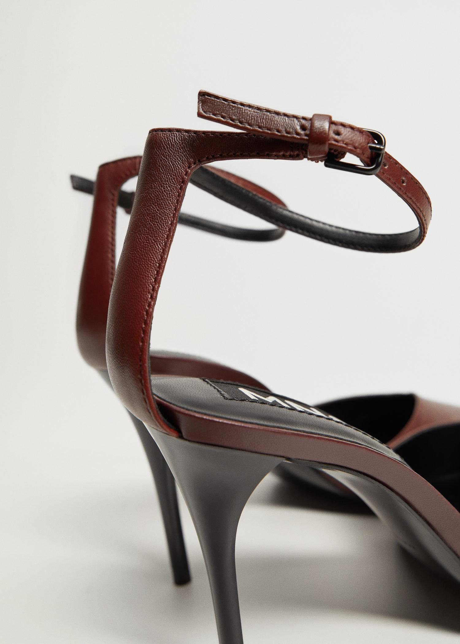 Heel leather shoes 2