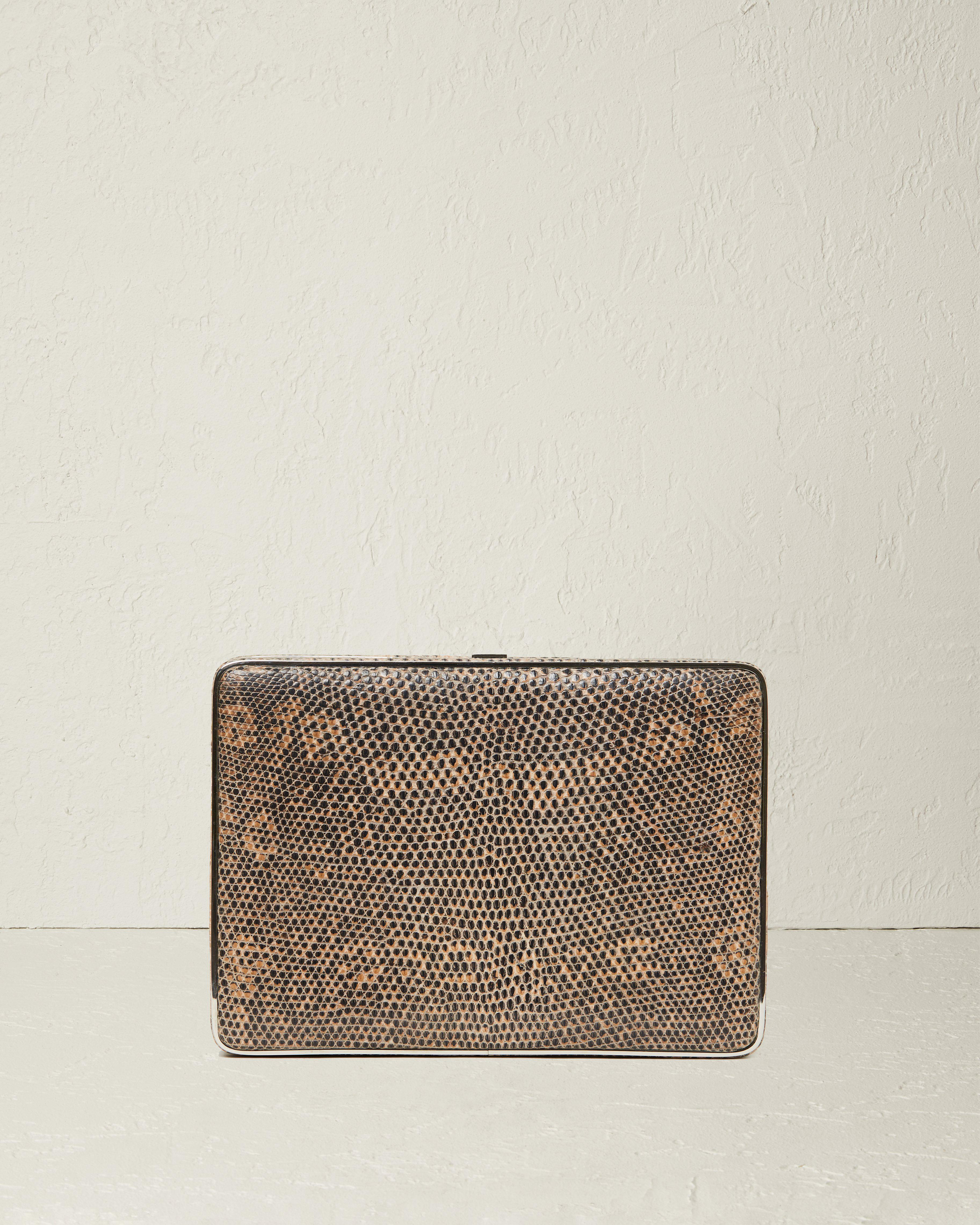 The Square Compact Case in Lizard