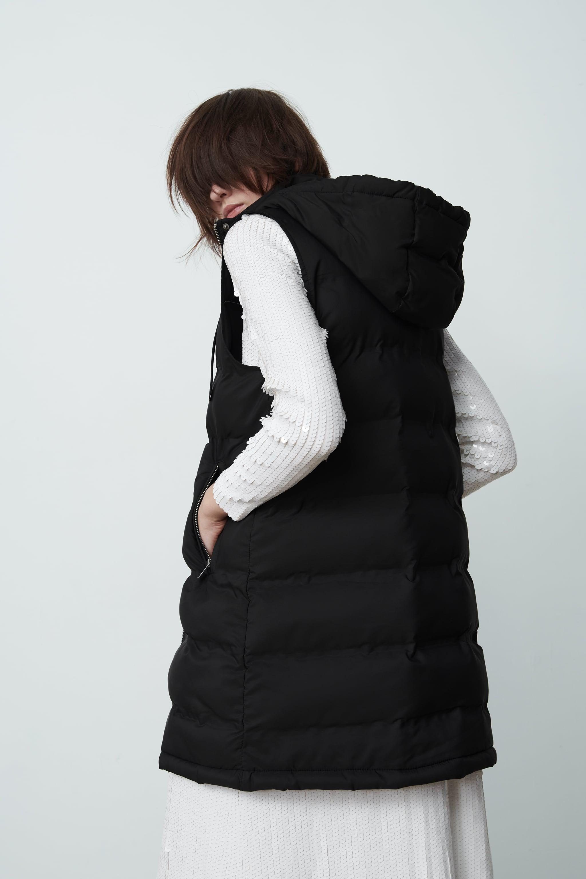 WATER AND WIND PROTECTION PADDED VEST 2
