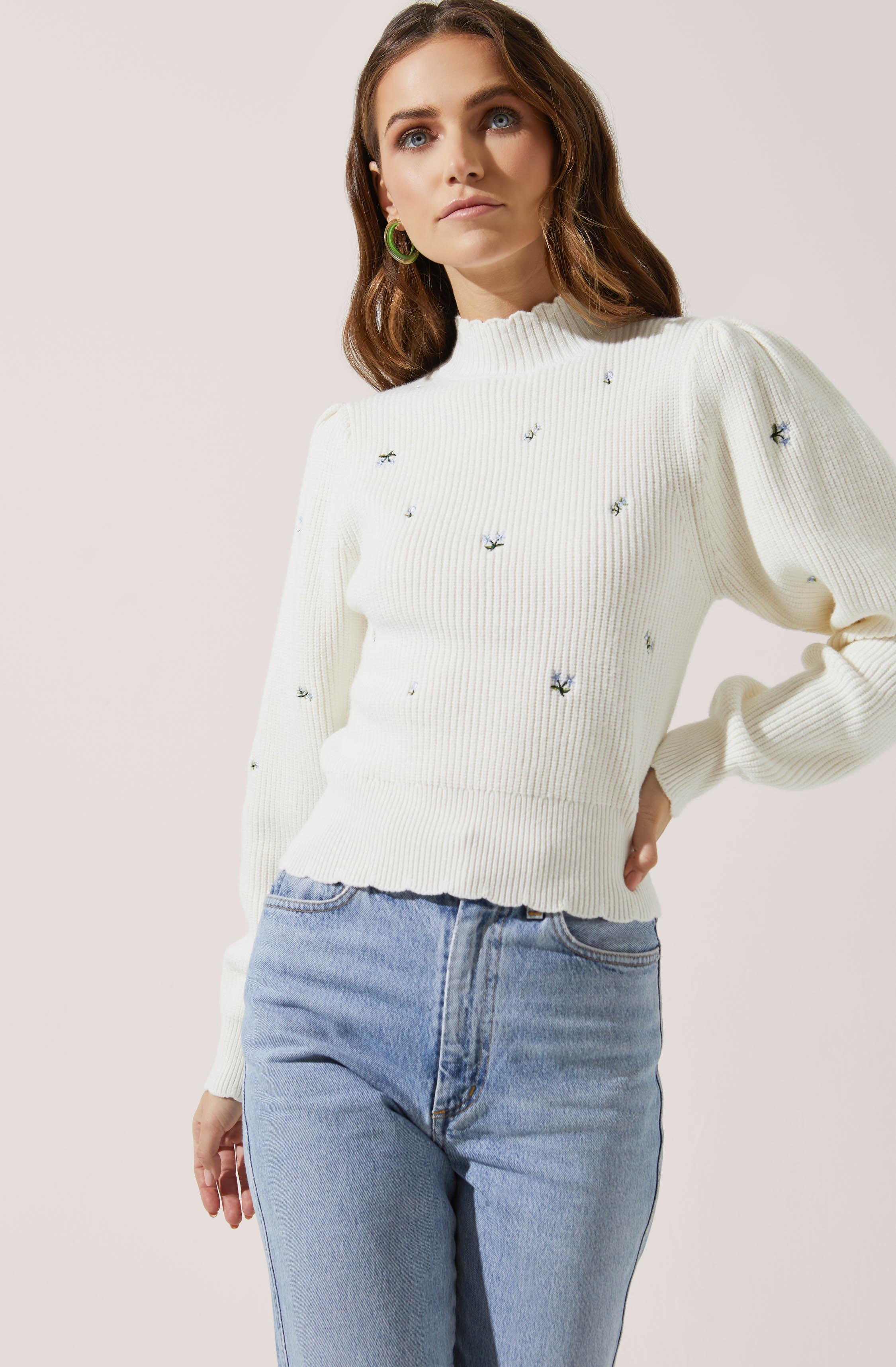 Embroidered Puff Sleeve Sweater