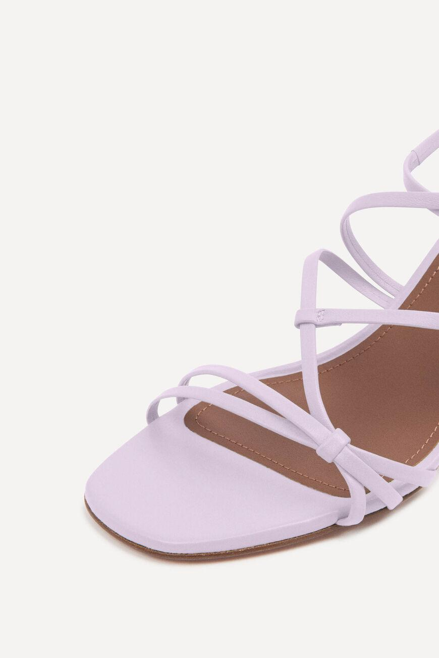 celly.LACE UP SANDALS 3