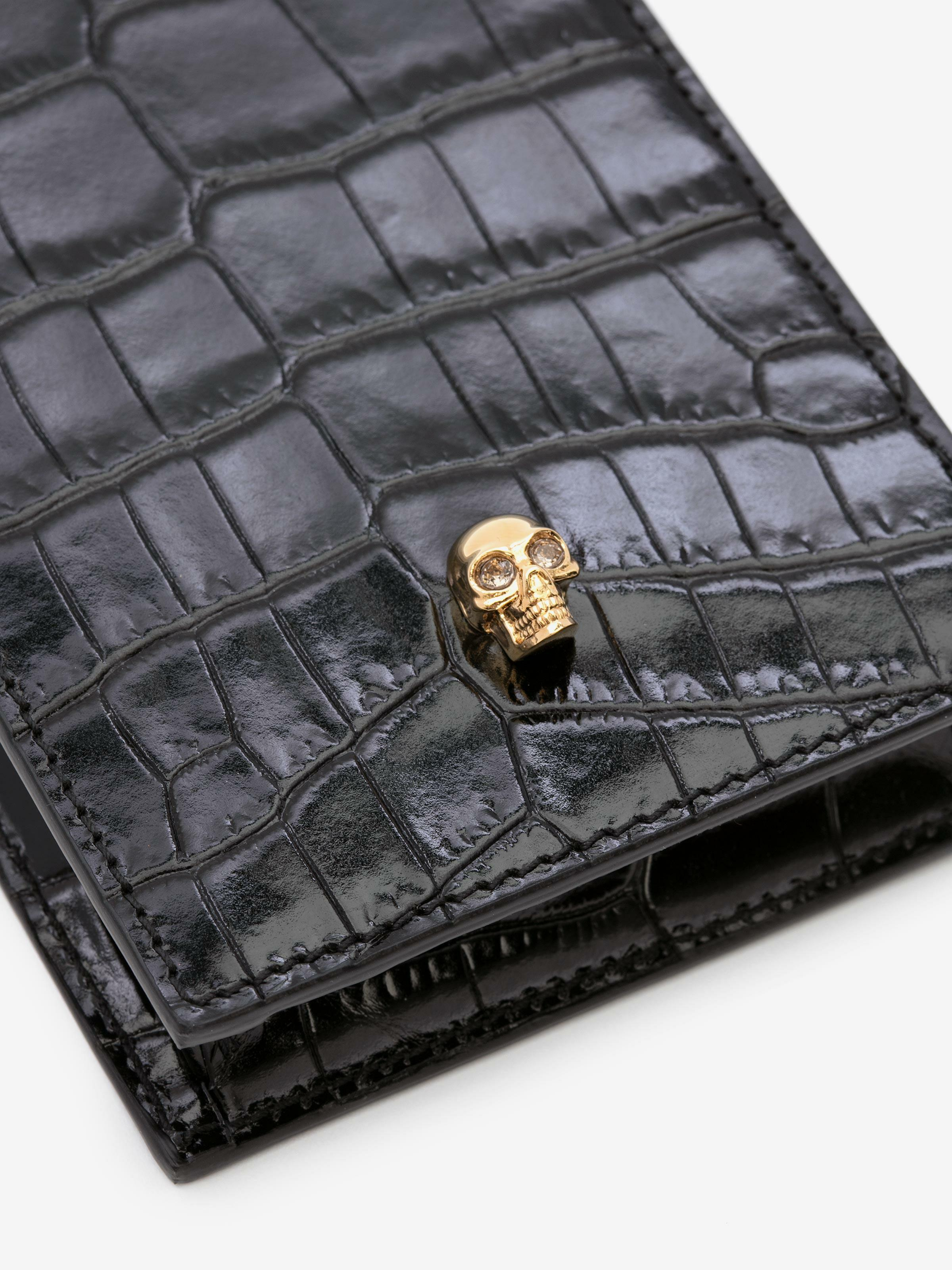 Skull Phone Case with Chain 4