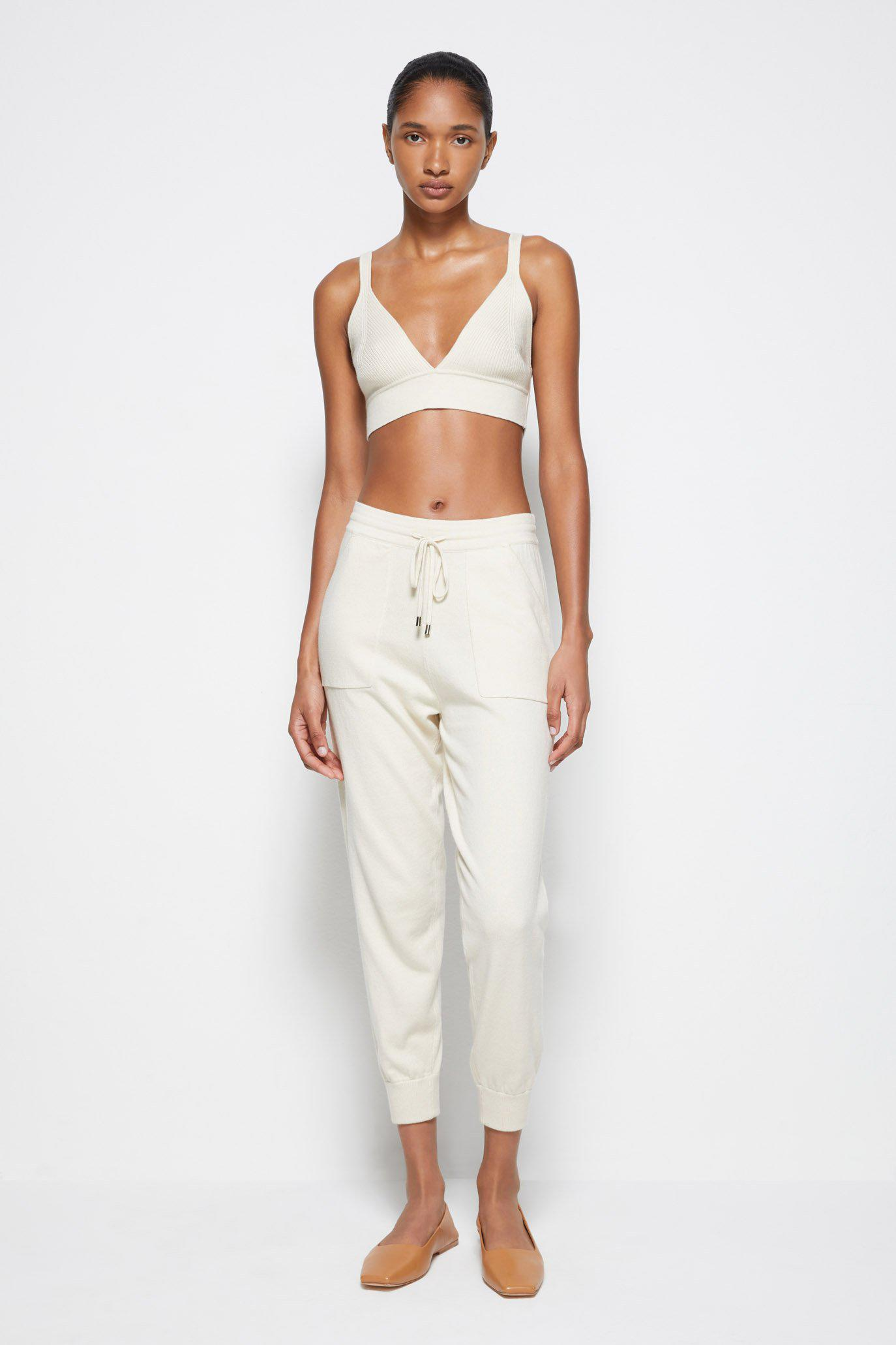 Off-Duty Cashmere Joggers 4