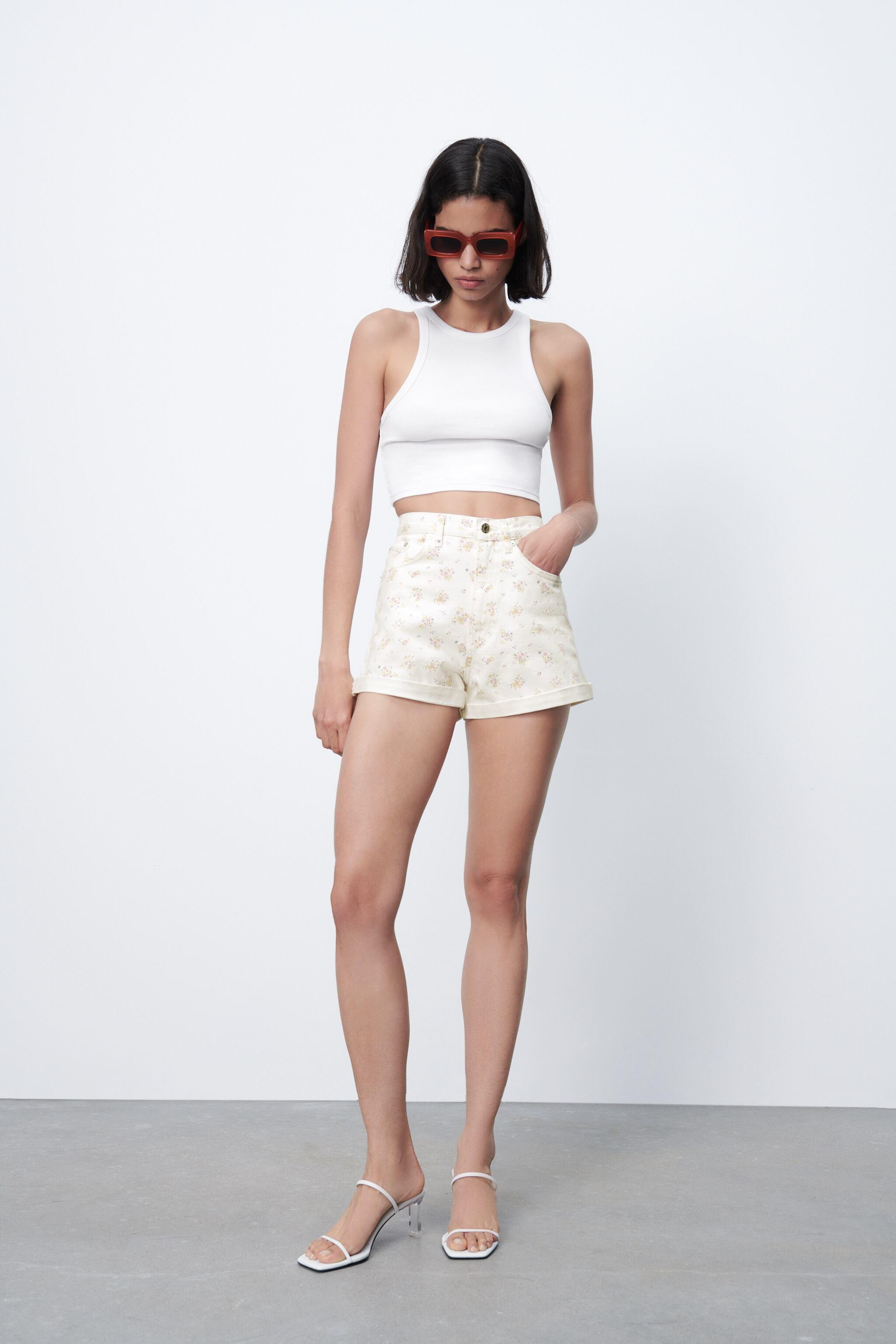 PRINTED MOM FIT ROLLER SHORTS