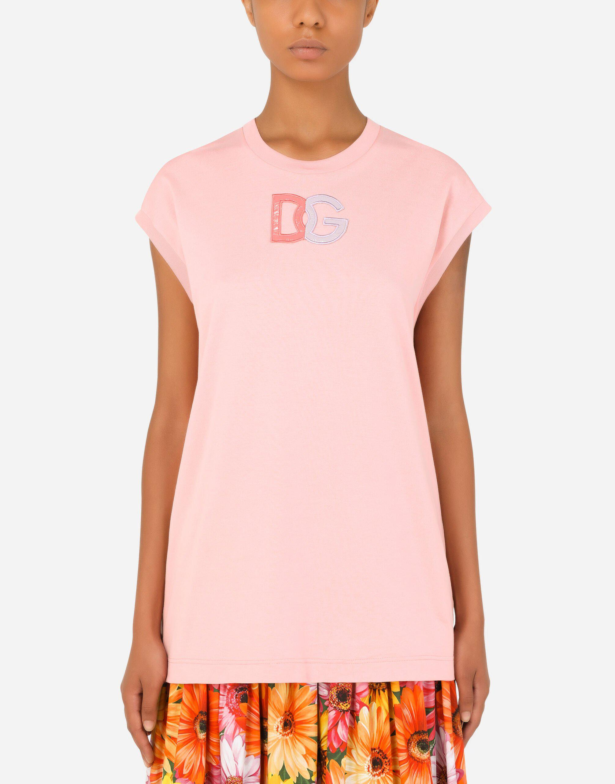Jersey T-shirt with patent leather DG patch