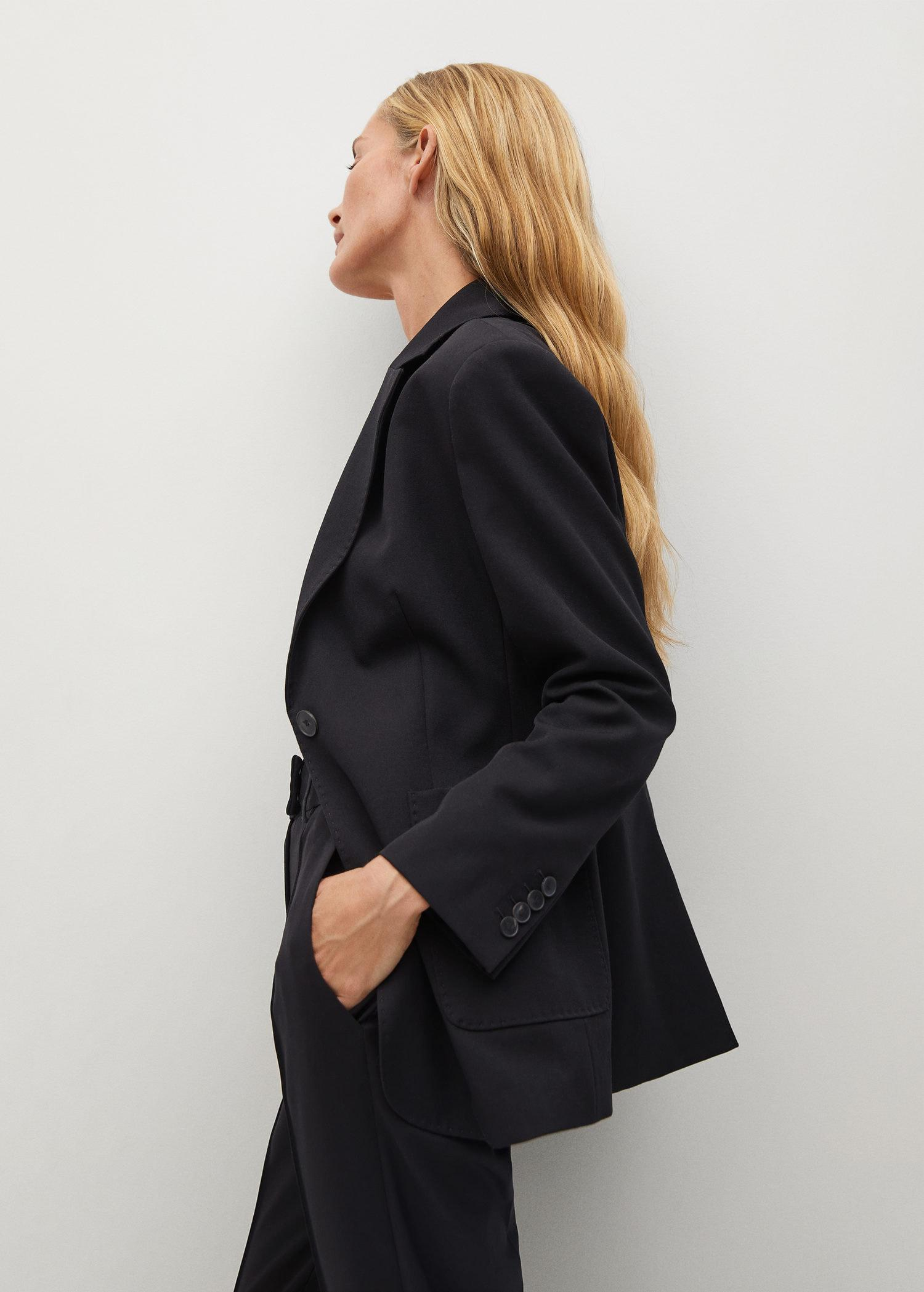 Fitted blazer with pocket 5