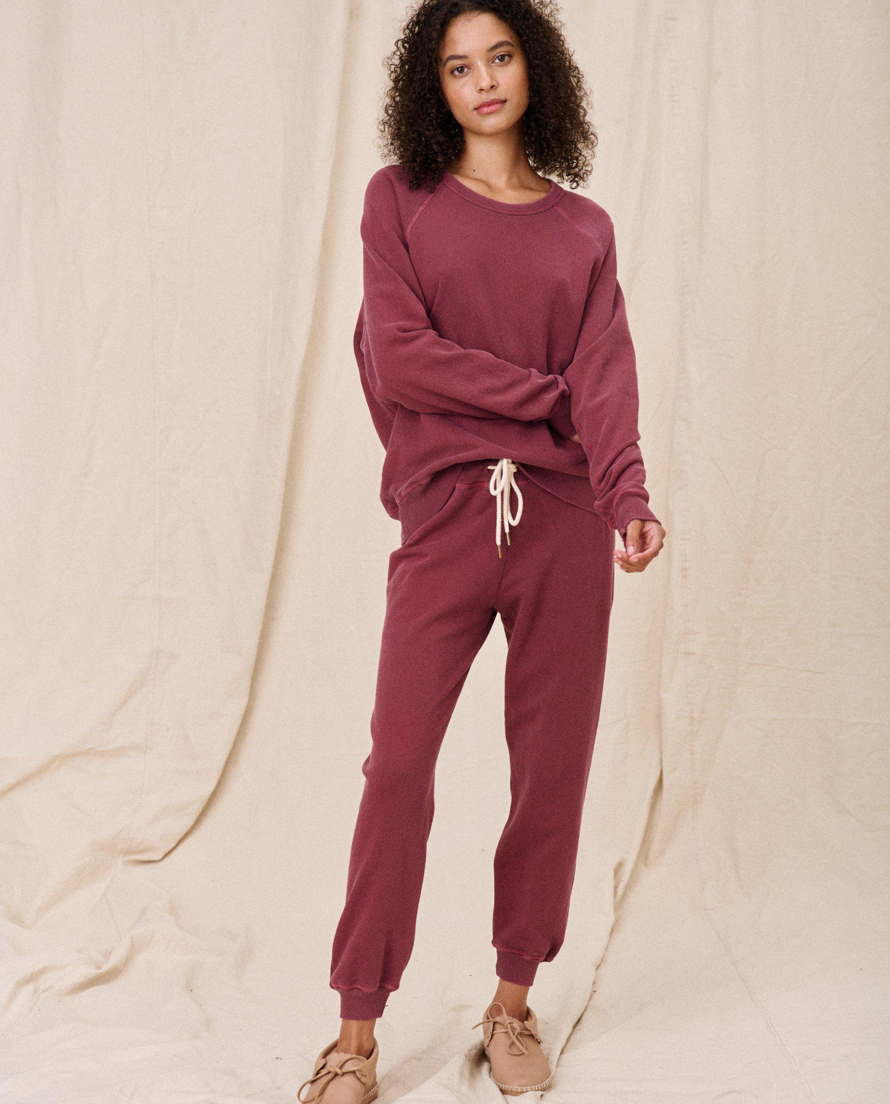 The Cropped Sweatpant. Solid -- Rosehip