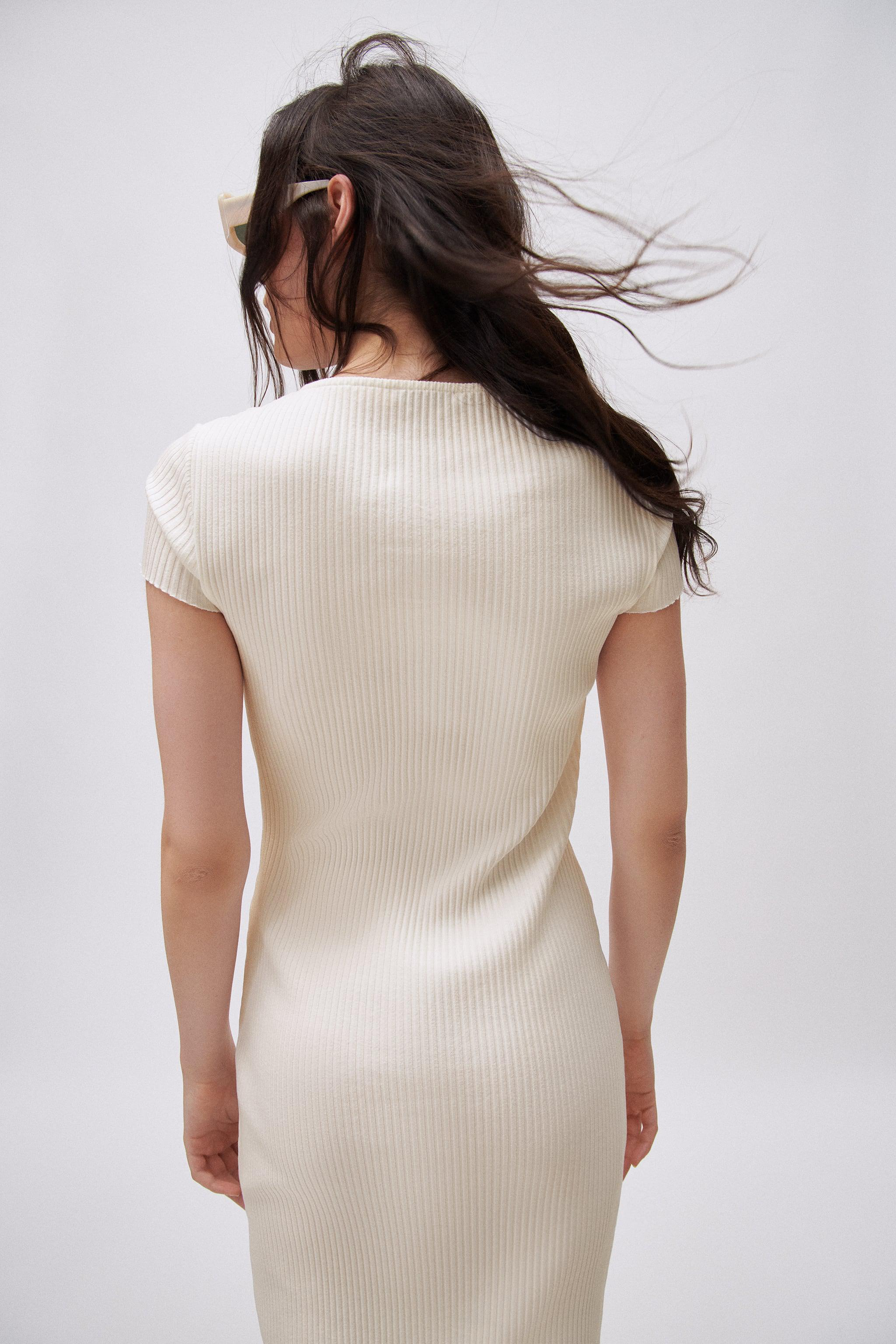 RIBBED DRESS WITH BUTTONS 4
