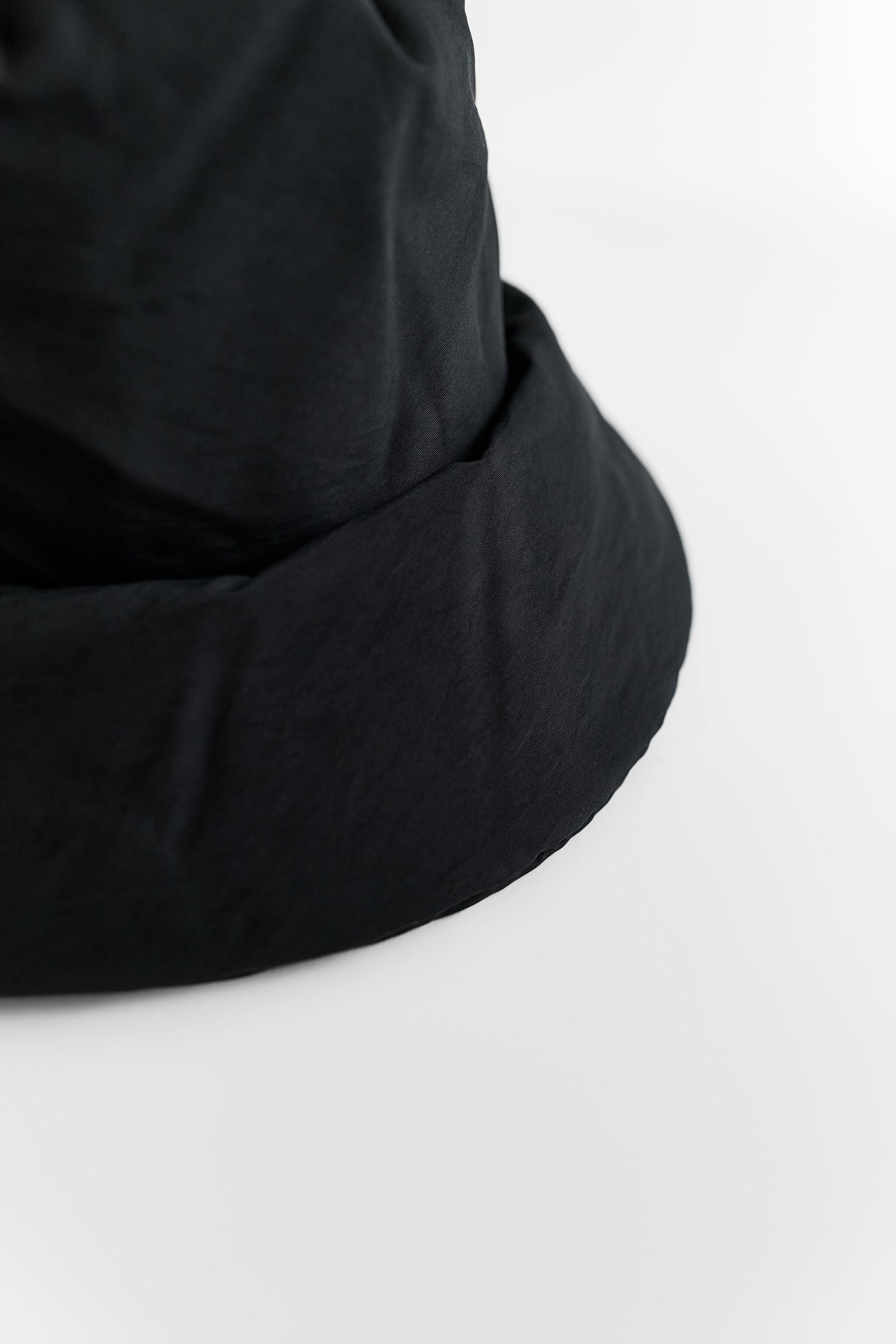 QUILTED BUCKET HAT 1